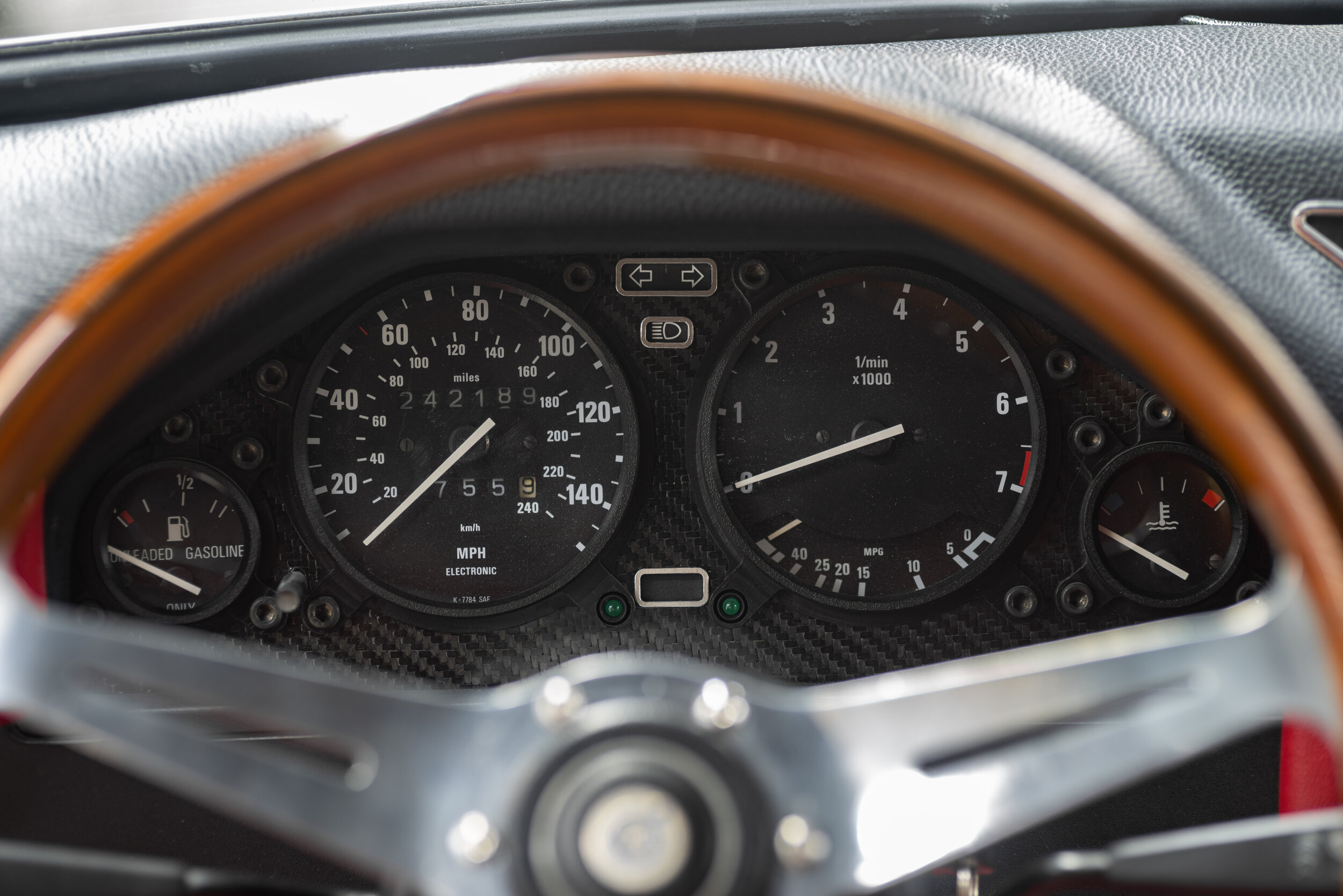 Modified Instrument Cluster 1.jpg