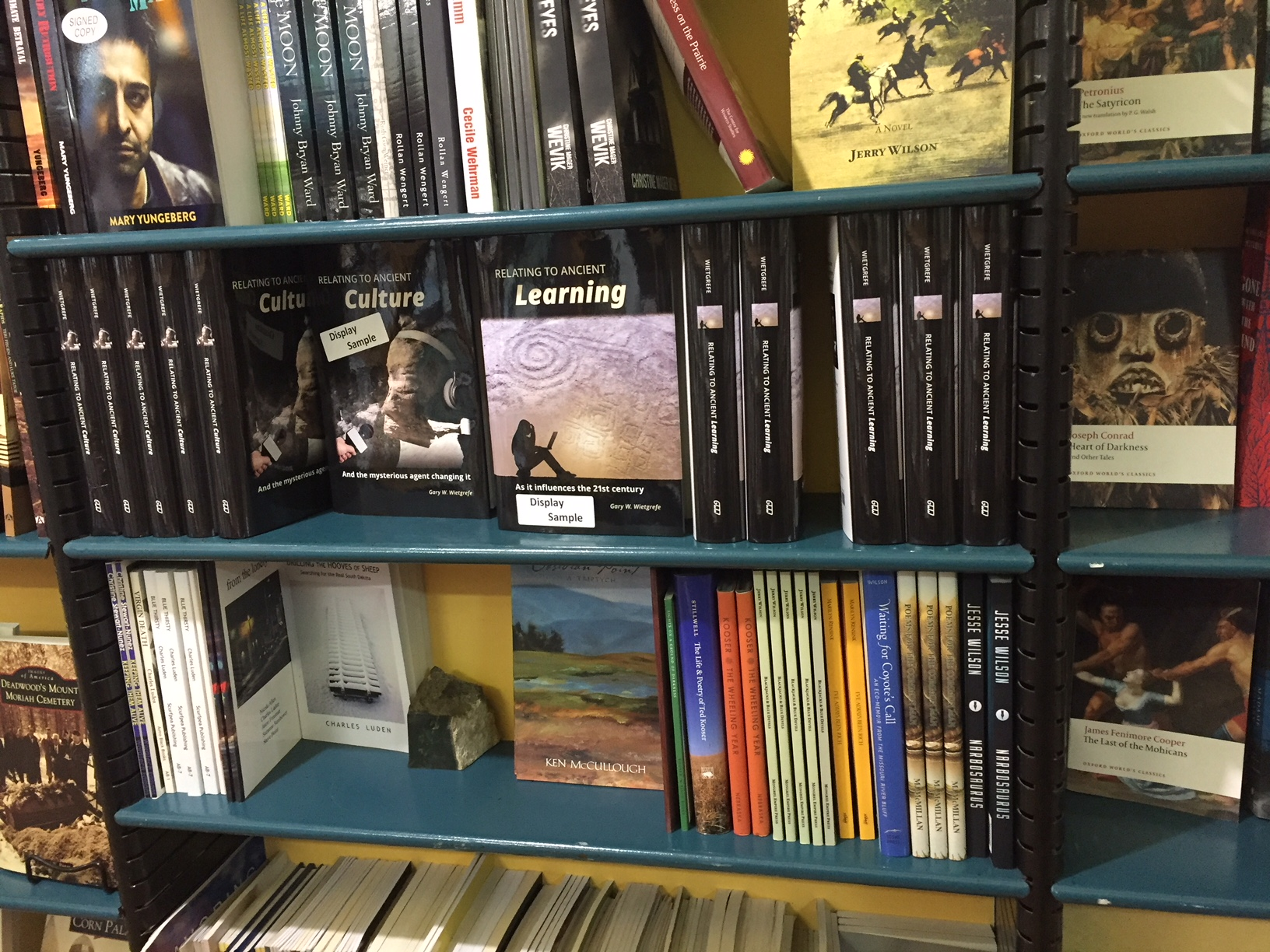Zandbroz Variety designates whole shelf to Wietgrefe books Sioux Falls 022418.JPG
