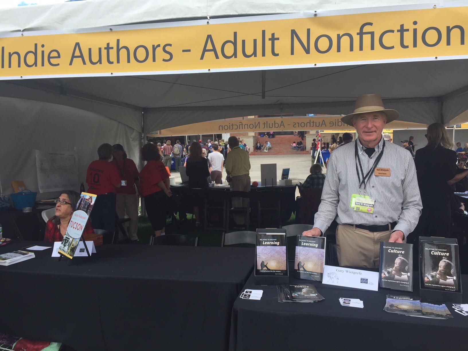 Tucson Indi Author signings 2 031118.jpg