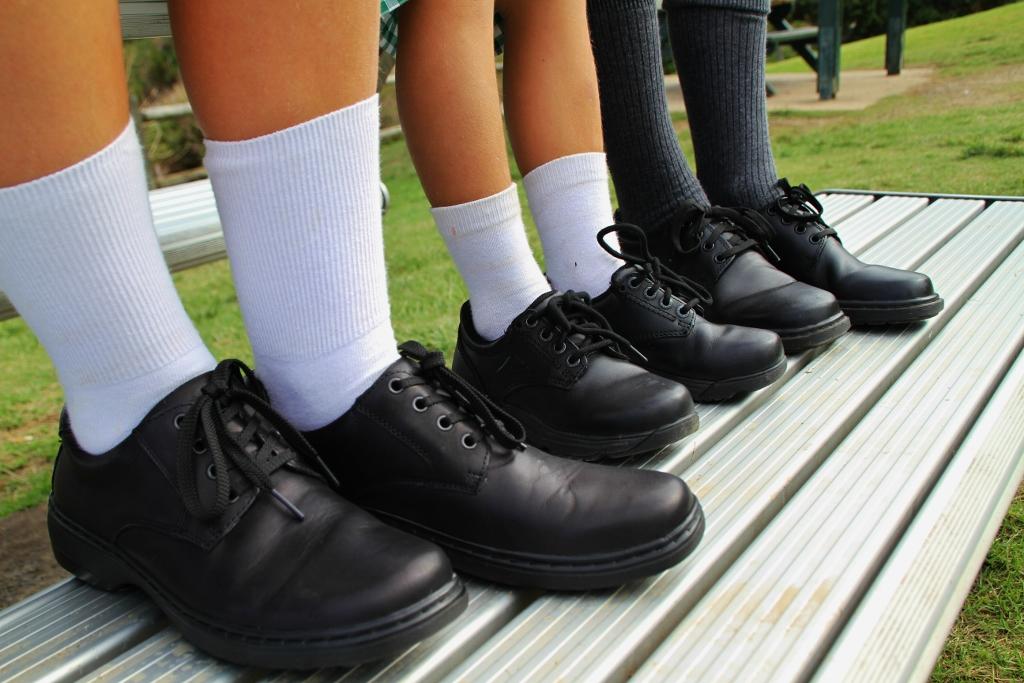 Schools - Da-Bar Too Shoes