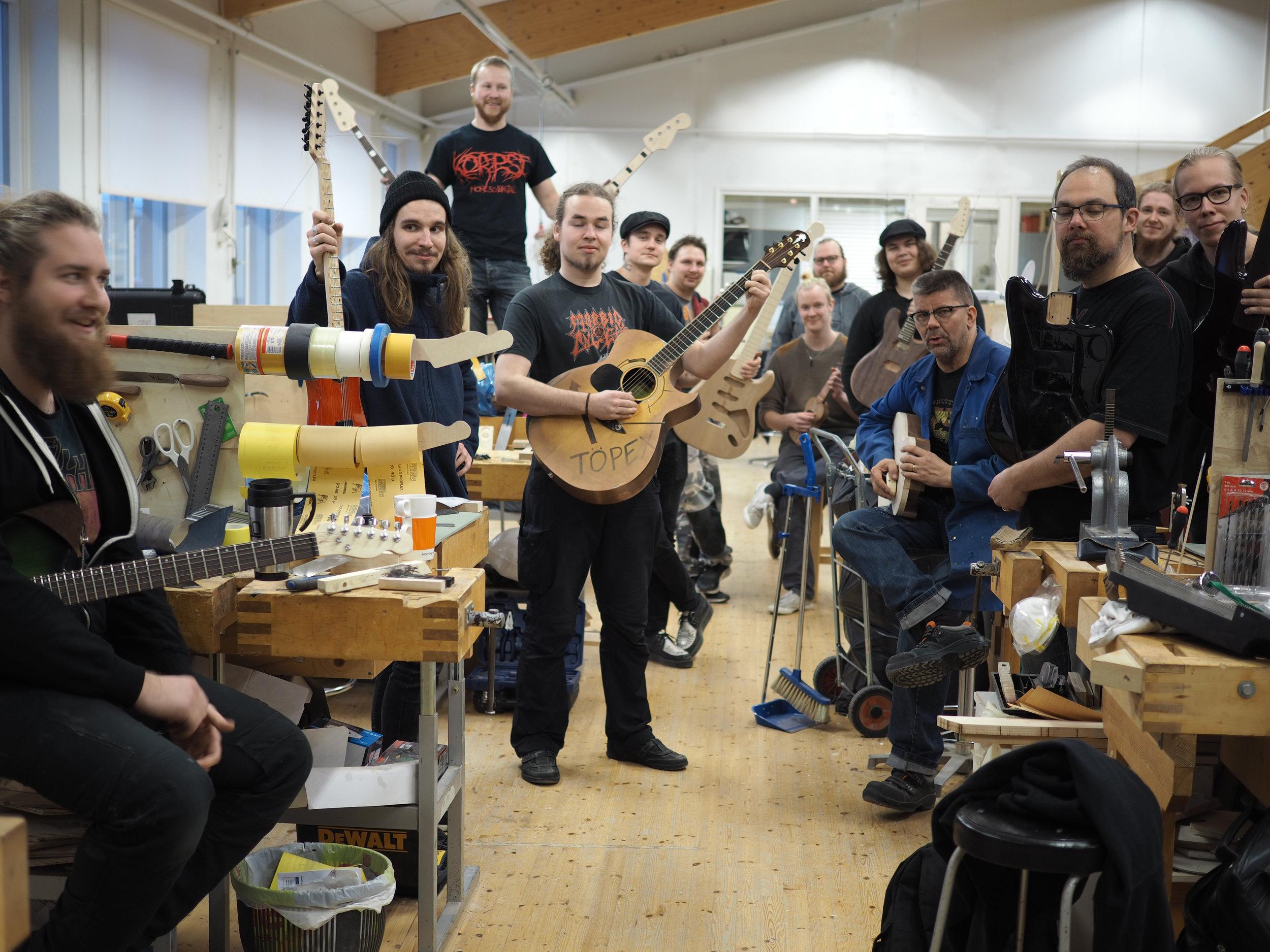Ikata - Ikaalisten käsi- ja taideteollisuusoppilaitos, kitaranrakennus