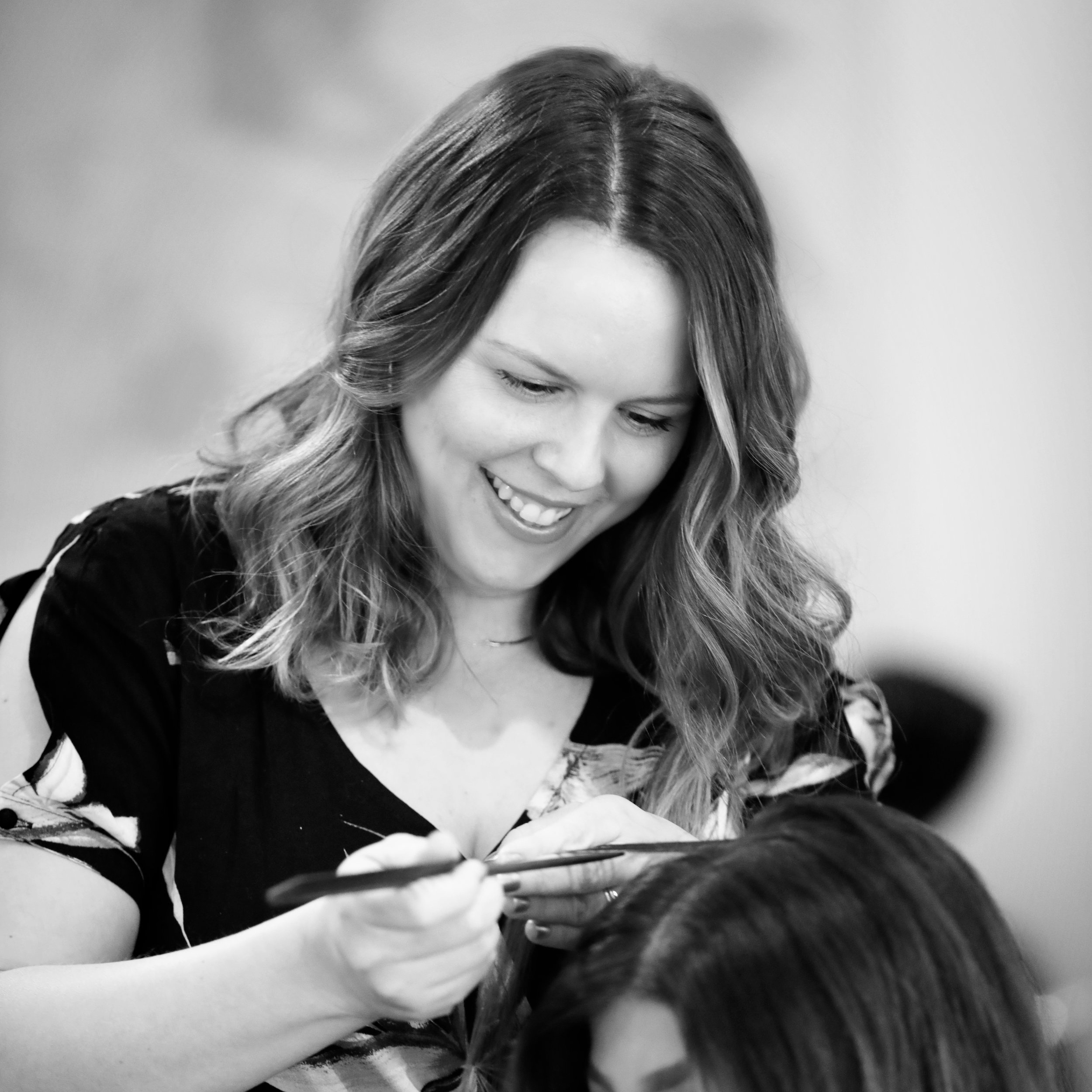Amber Ohara - Amber is a Board Certified colorist and master stylist with over 18 years experience behind the chair. She has worked in all facets of the industry and was the brain child behind The Business of Balayage before selling her shares and moving on to open Gold & Braid Salon.Her eye for color and passion for evolvement has kept her in the top of her industry. Her passion lies in training other stylists to experience the beauty in the industry.