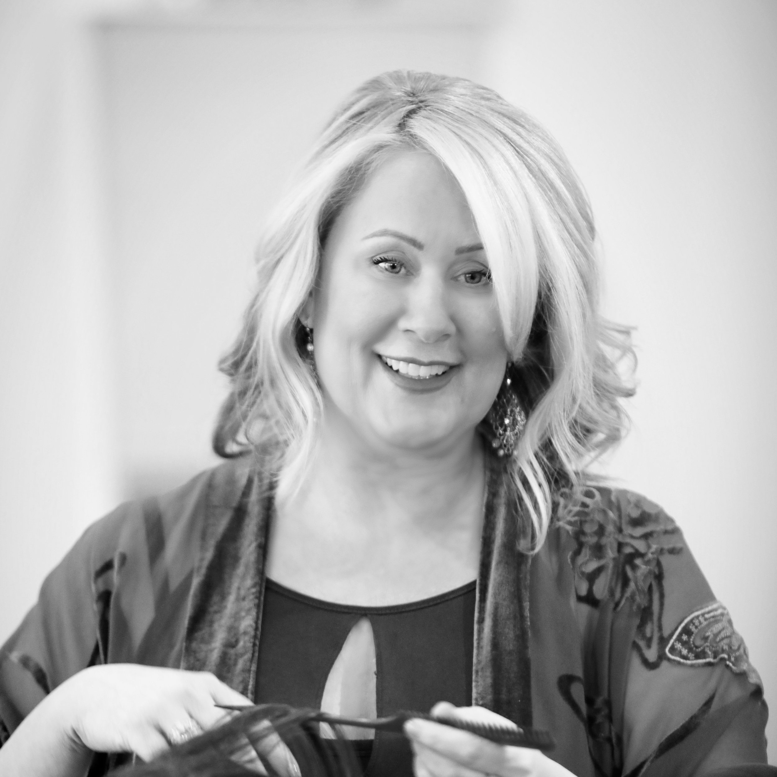 Loree Davison - My love for hair began at a young age. In my teens, I would take every opportunity given to me to cut and style my friend's and family's hair. As undeniable as my passion for hair was, I was encouraged to go to college where I received my bachelors in Psychology. After graduating, I decided to go to beauty college to help support myself through the masters program to eventually be able to do therapy(become a therapist). However, as my skills grew at beauty school, so too did the realization of how deeply fulfilled a profession in beauty (hair) made me feel. Today, my consistent(constant) desire to perfect my craft motivates me to continue my education in the hair business. The results, as well as reignited confidence I bring my clients, fuels my passion for the art of hair. I specialize in color, though I do it all when it comes to hair. I especially love dimensional color, covering gray, reds, and all shades of blonde. I ensure a very natural, long-lasting look no matter your color. I am trained and certified in Schwarzkopf color and have the pleasure of being a hairstylist at Gold and Braid in Mission Viejo, Ca.Her work can be seen here: @hairbyloree
