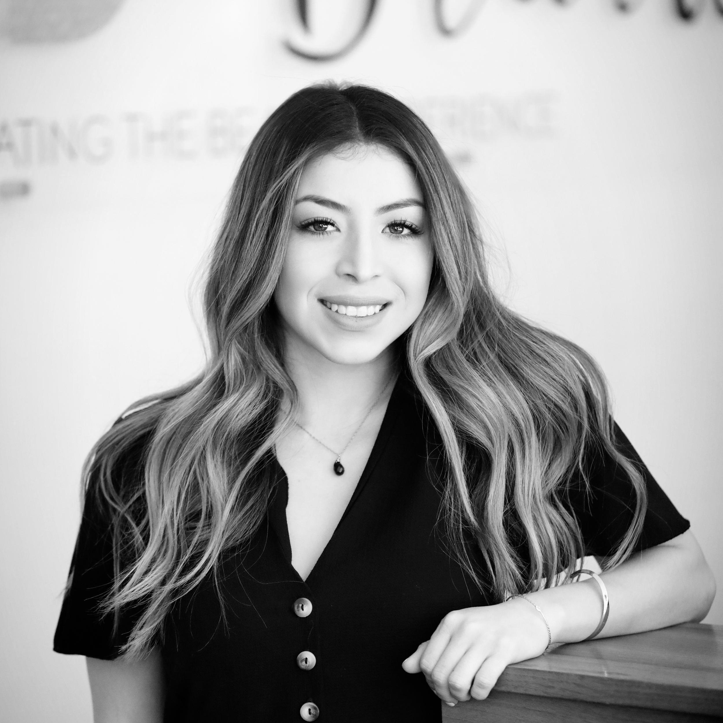 ana sanchez - Assistant Manager