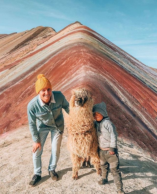Making #friends on #RainbowMountain 🌈 . . Catch more #incredible #travel photos from @bowenbagnall on #insta 📷 . . #travelblogger #rainbowmountainperu #trek #peru #southamerica #visitperu #exploreperu #wanderlust #travelphotography #alpaca #perualpaca #mountains #kodakit #snapitkodakit #shootsmadesimple