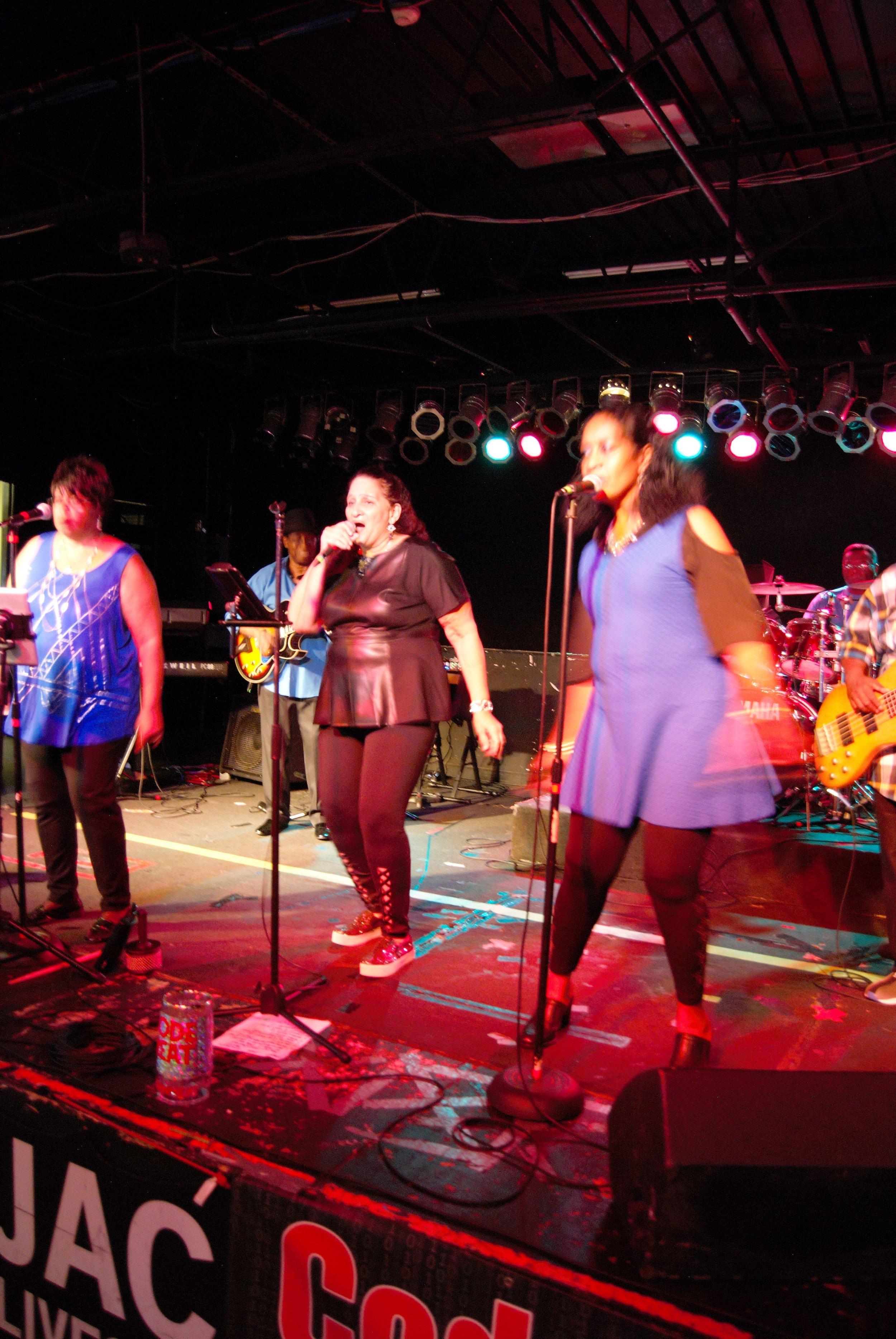 Singers3.jpg