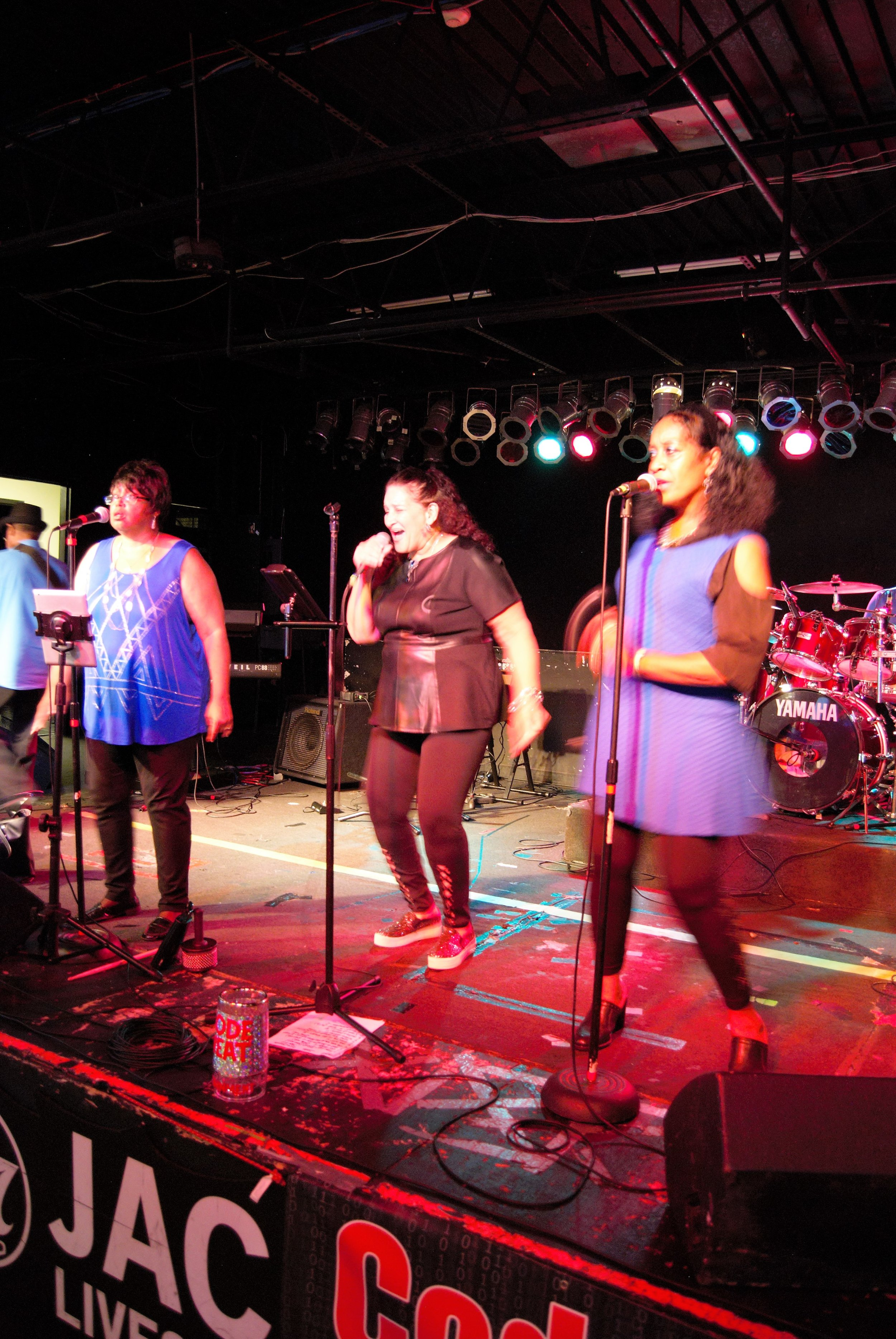 Singers4.jpg