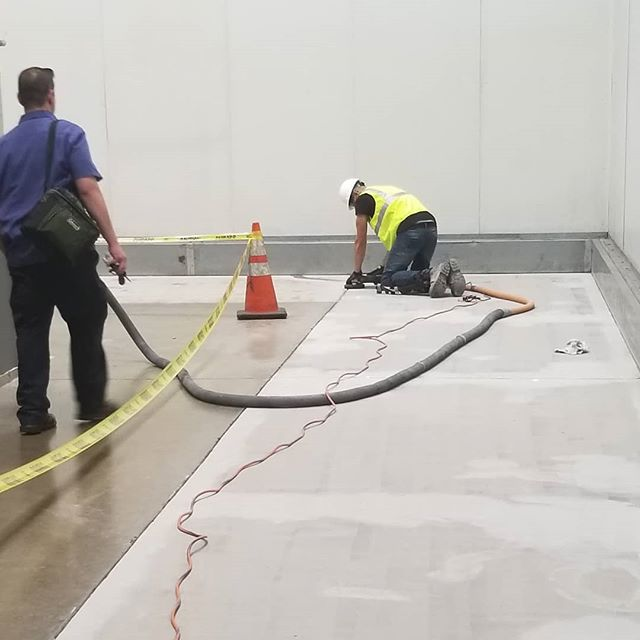Preperation for the installation of an extreme chemical resistant industrial epoxy floor.  This particular client is a major beer distributer and these guys move a lot of beer! Their electric pallet jacks are going full speed 24/7 and they need a station to charge.  We are giving them a flooring system that is not only beautiful but battery acid AND impact resistant.  #BallisticConcreteCoatings #GoBallistic  #EpoxyFlooring#DecorativeConcrete #EpoxyFloor#EpoxyPaint#Renovation#Remodel #Makeover #Concrete#ConcreteFloor#ConcreteCoatings #IndustrialFlooring #EpoxyCoatings#EpoxyFloorCoatings #IndustrialCoatings#CustomGarage#FlooringIdeas #WarehouseFlooring #IndustrialEpoxy #FlooringInstallation #EpoxyInstallation #Sacramento #Industrial #Construction #ConstructionLife