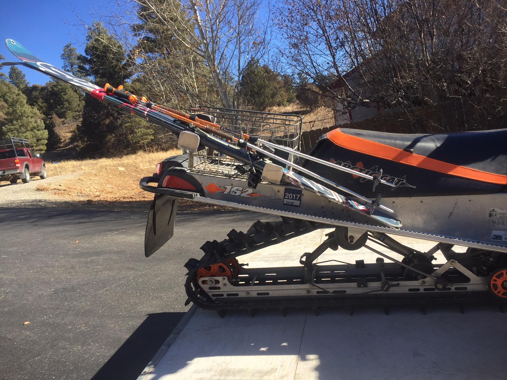 Aluminum ski rack for snowmobile