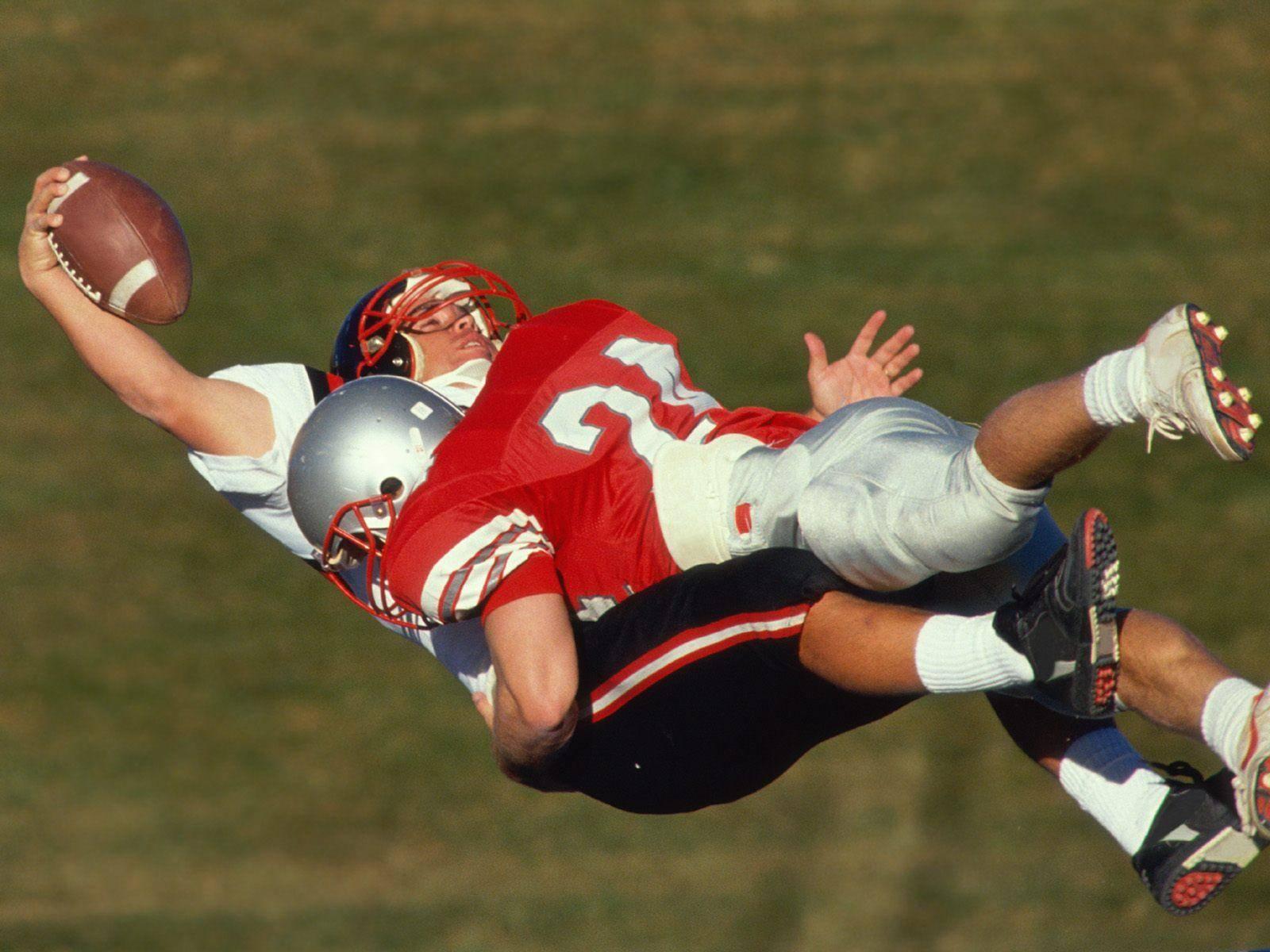 Football-Shoulder-Dislocation-Injury