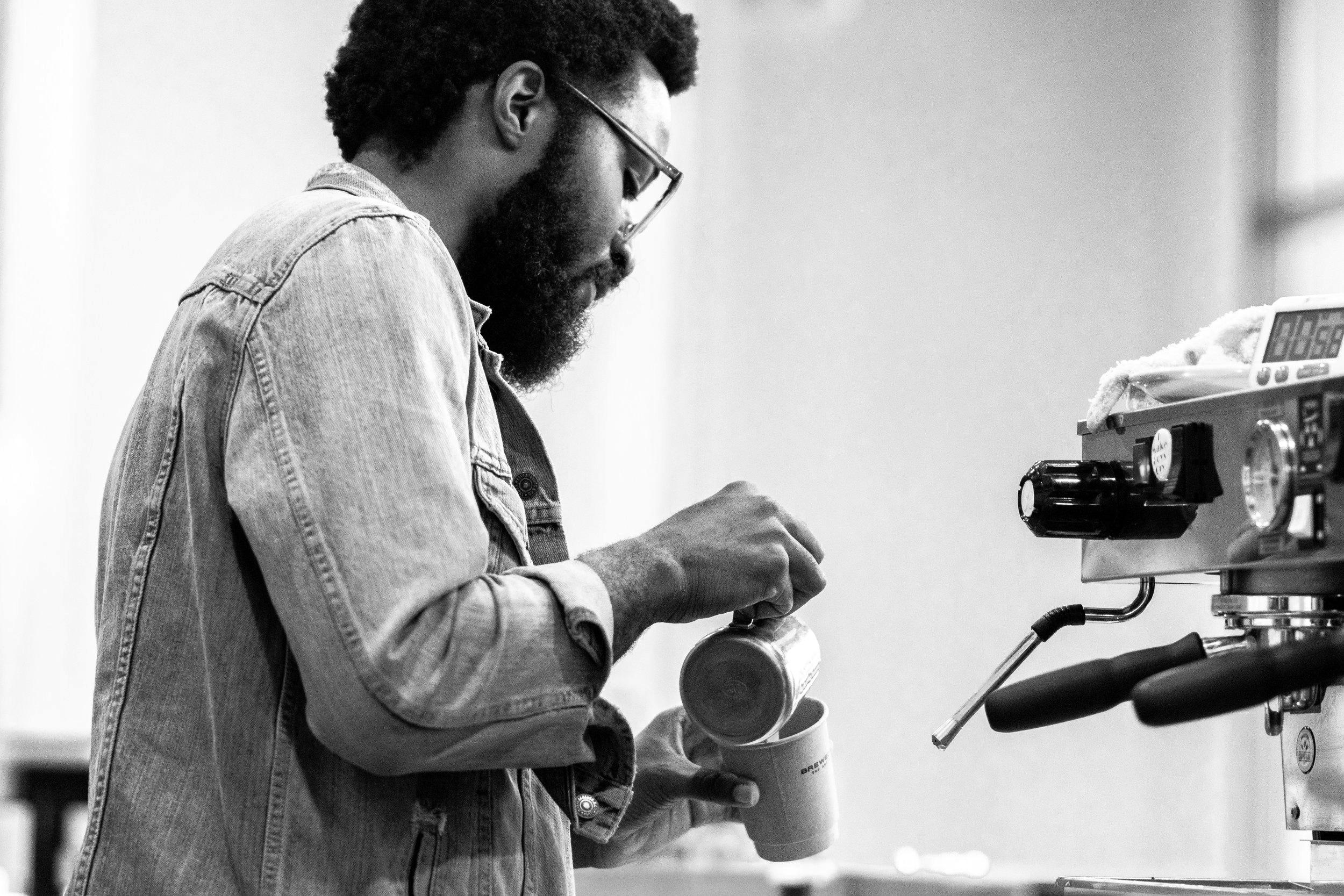 Barista+Making+Cofee.jpg