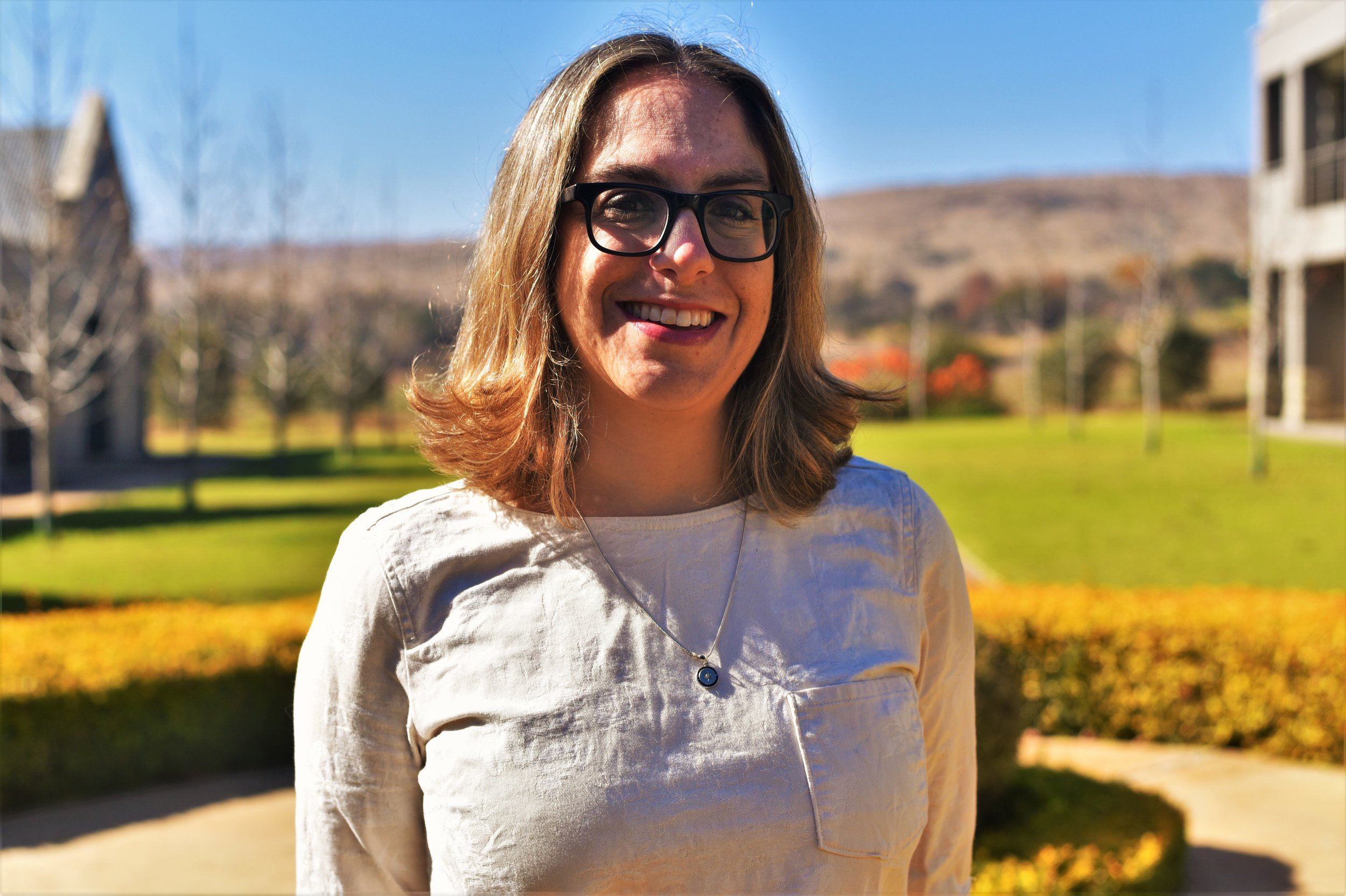Elana Needle | Director, Racial Equity Anchor Collaborative, UnidosUS (@REAnchors)