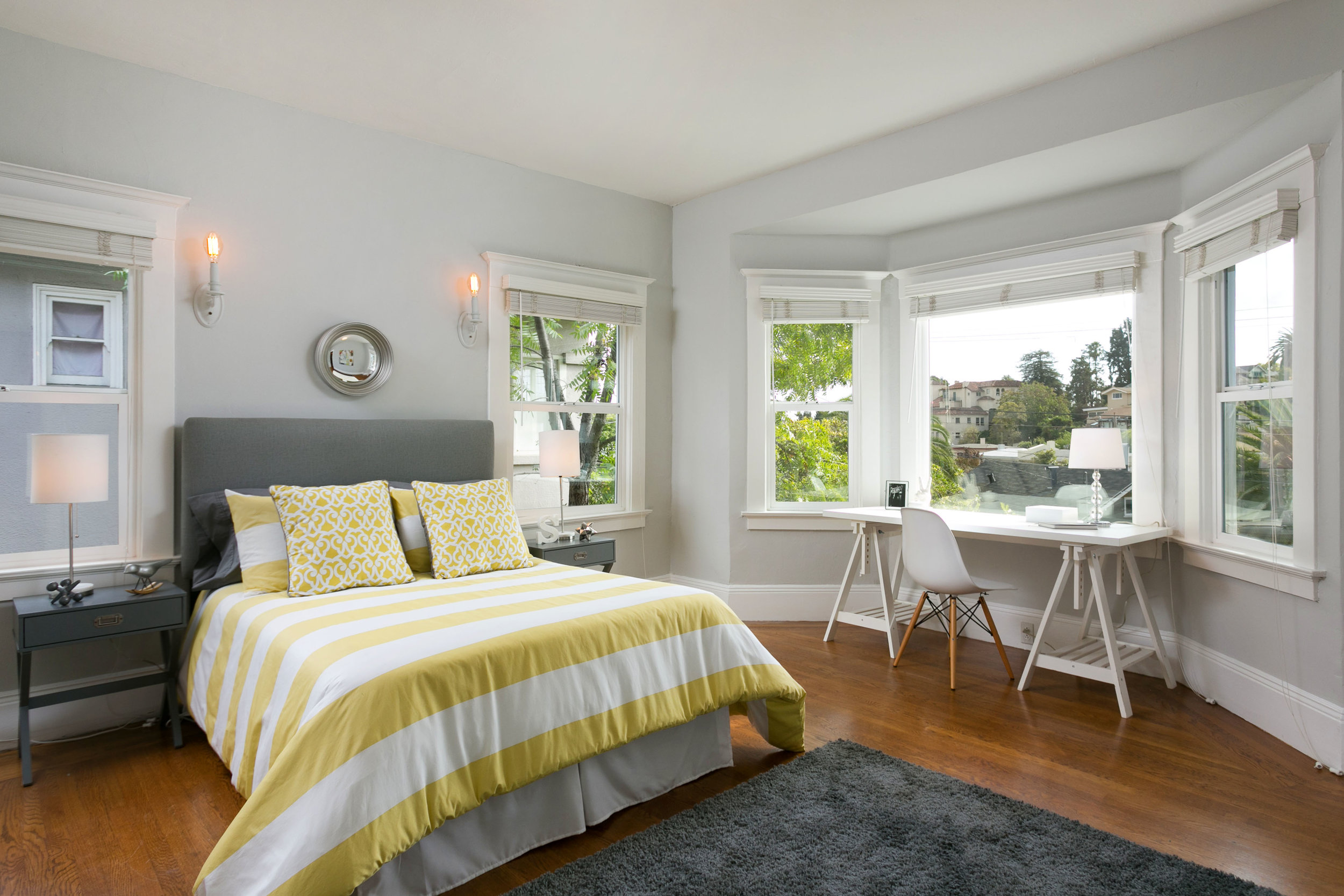SUNNY-SIDE UP FRONT BEDROOM