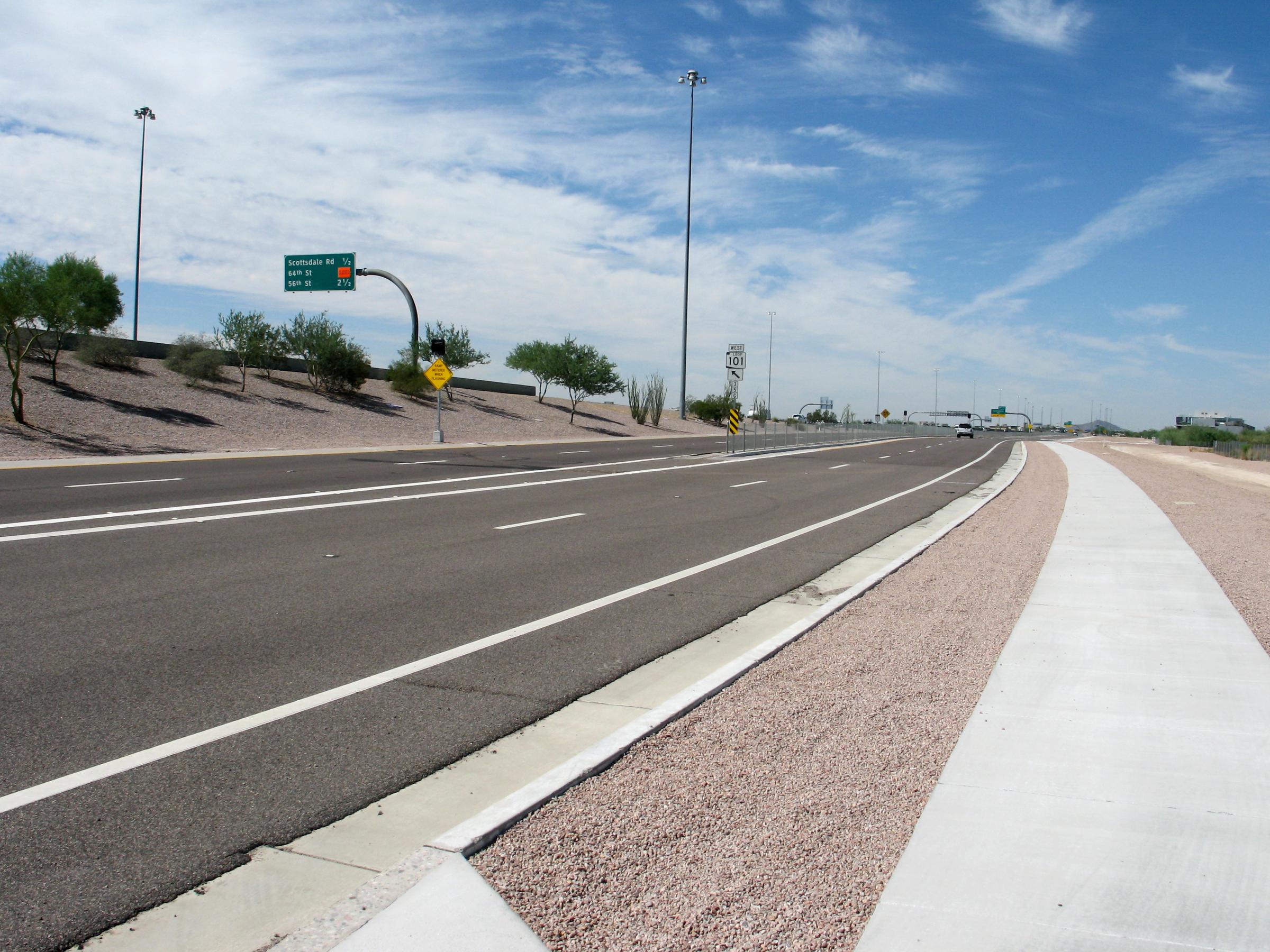 2385 Loop 101 Frontage Road2.jpg