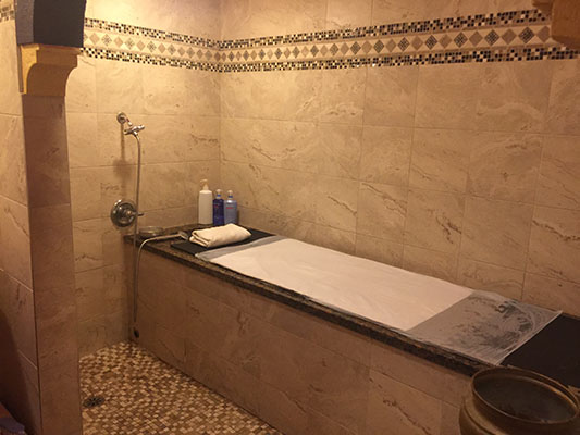 Hammam_massage_room.jpg