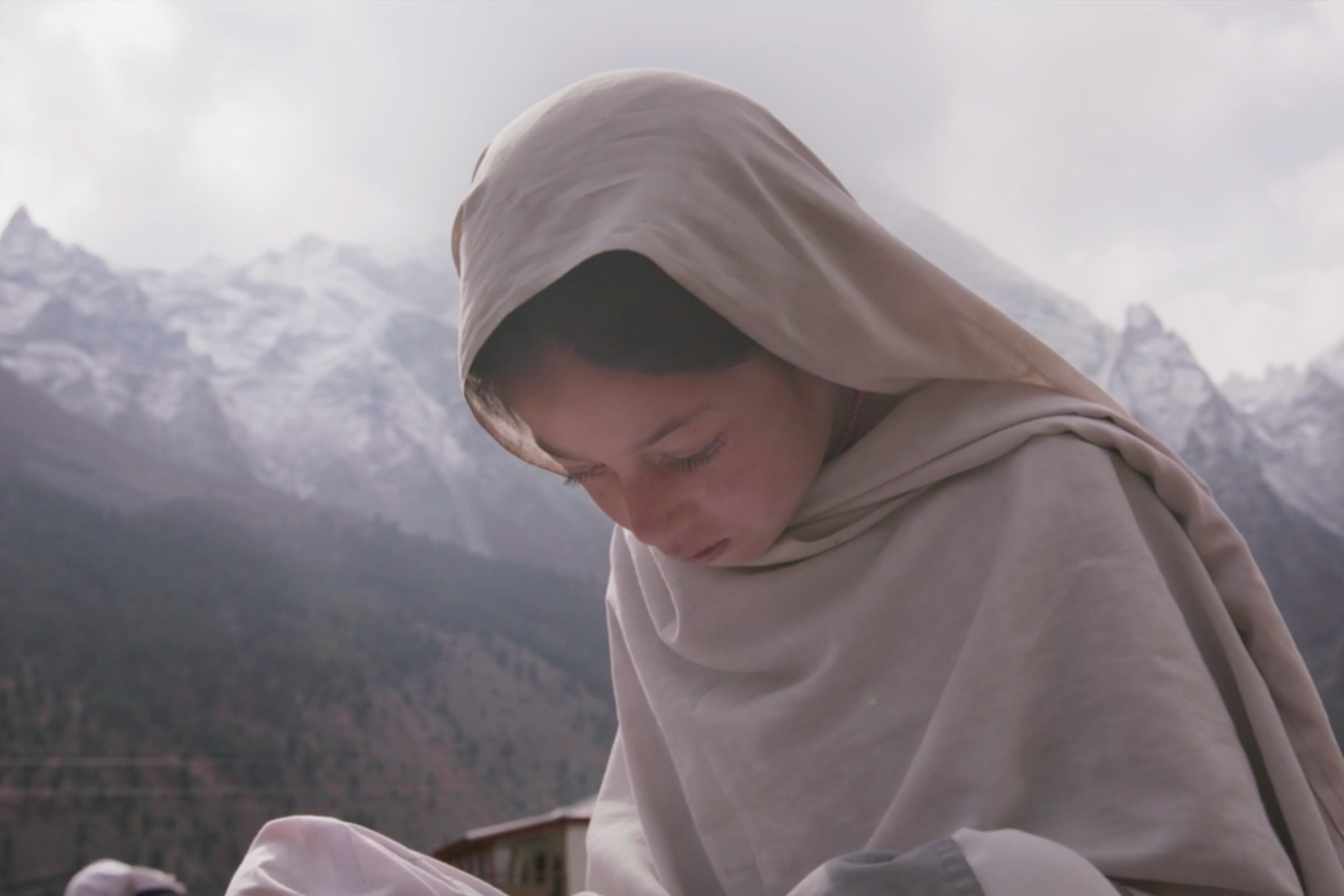 Girls Section - Life is hard in remote northern Pakistan – especially for women, who face significant cultural, economic, and geographic barriers to opportunity and education. For the first time, girls in the region are challenging tradition for their right to go to school.Run time: 12 minutes 30 secondsDirector: Kathryn Everett *
