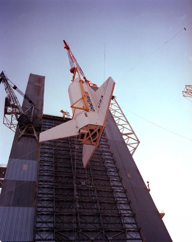 Space_Shuttle_Pathfinder_OV-098_original_configuration-614x774.jpg