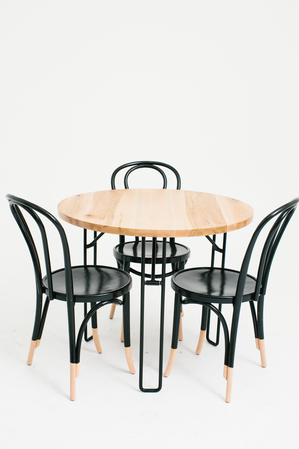 Yeah! Cafe Three w/ Hairpin Bentwood Chairs
