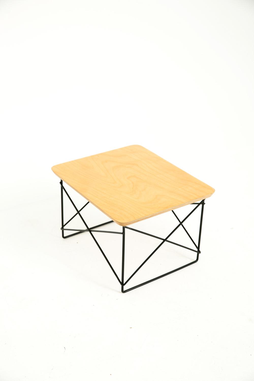 Geo Side Table Light Wood
