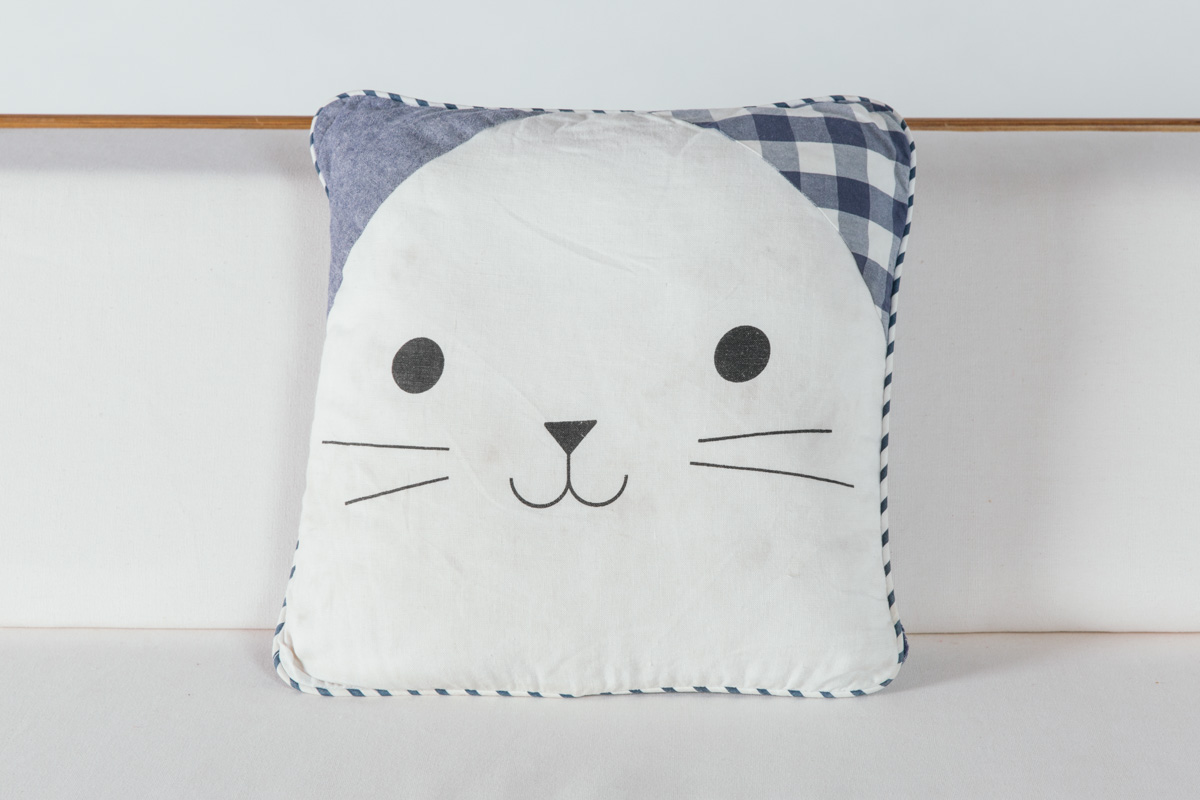 Picnic Kitty Pillow