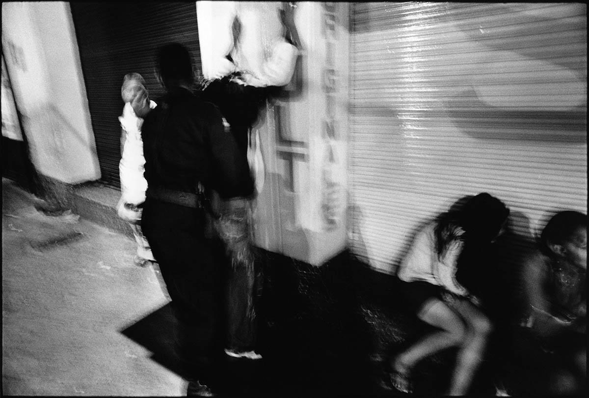 dancing_at_the_bottom_016.jpg