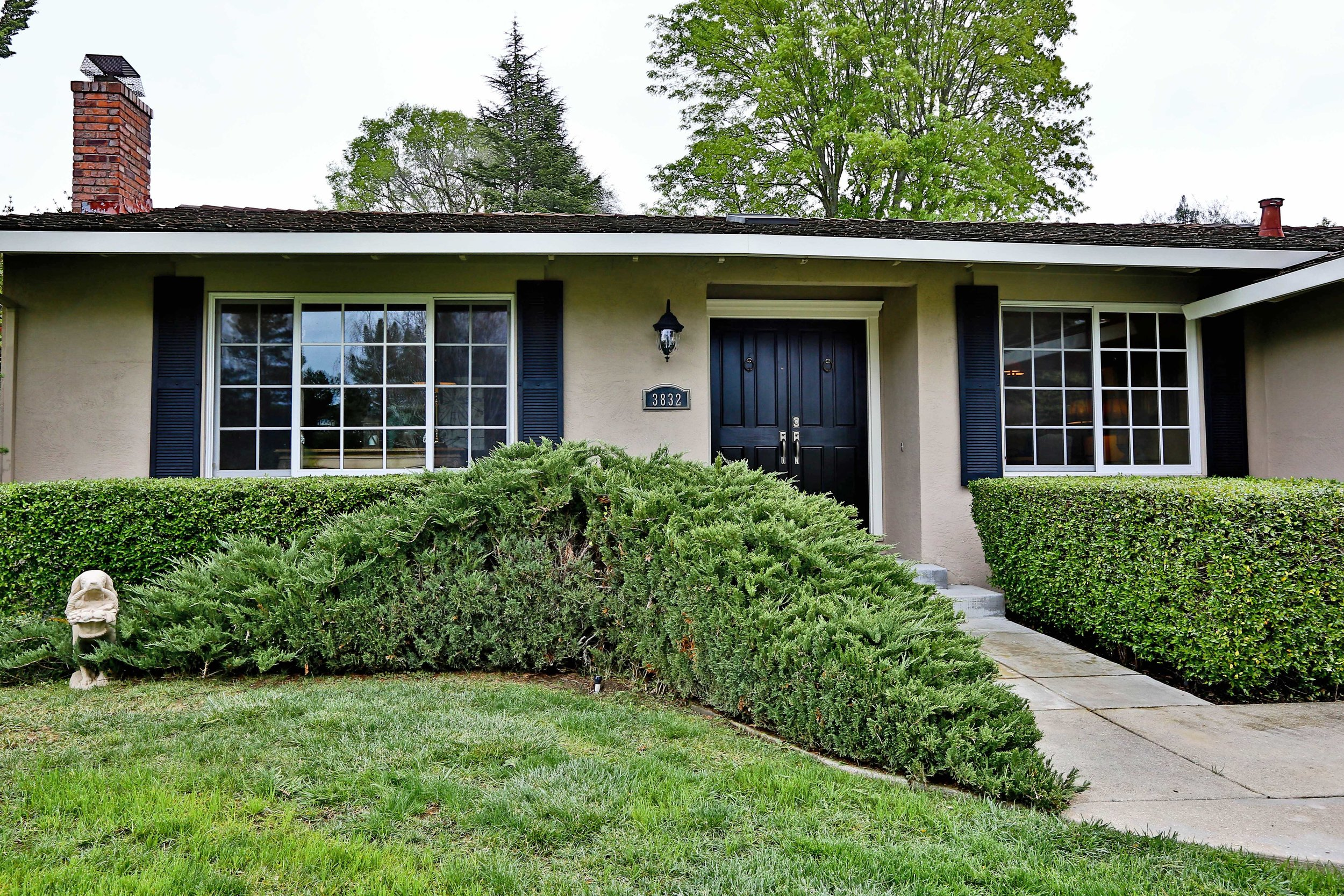 3832 via granada, moraga, ca  listed: $1,289,000 sold: $1,438,000 represented seller