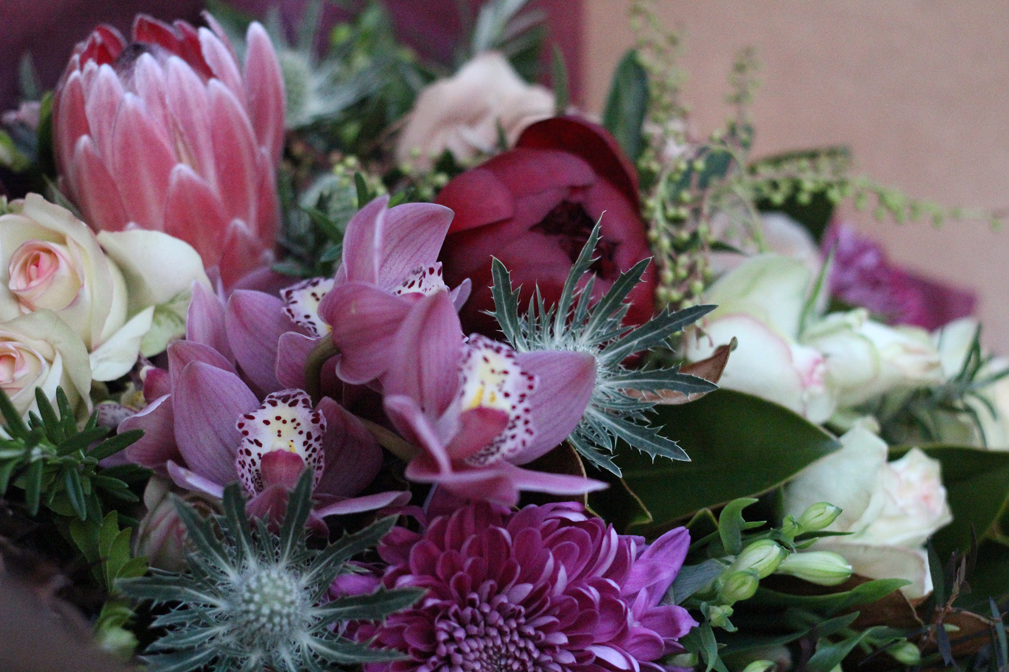 SendFlowers - seasonal bouquets in all sorts of sizes