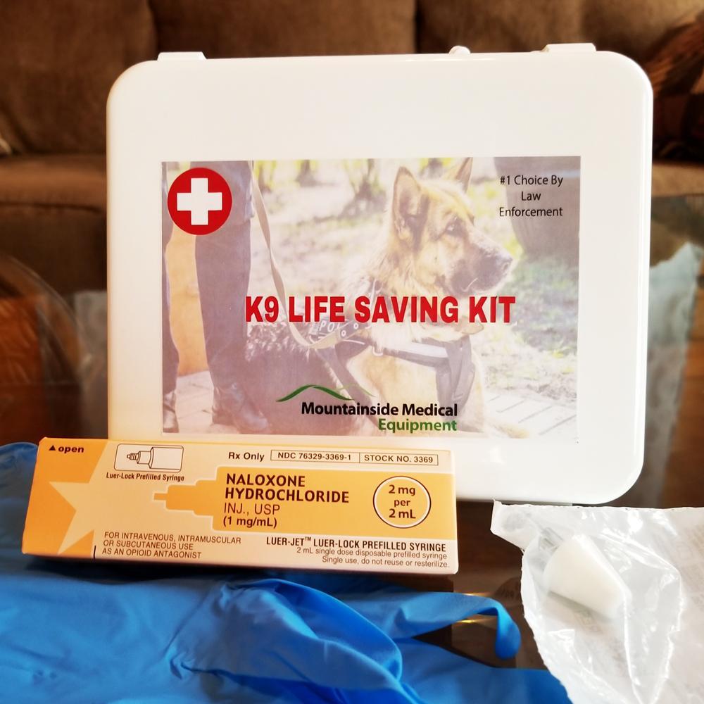 Naloxone-kit-for-dog-overdoses.jpg