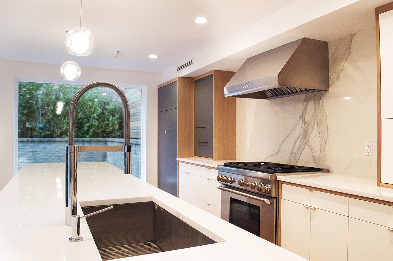 1401_Kitchen.jpg