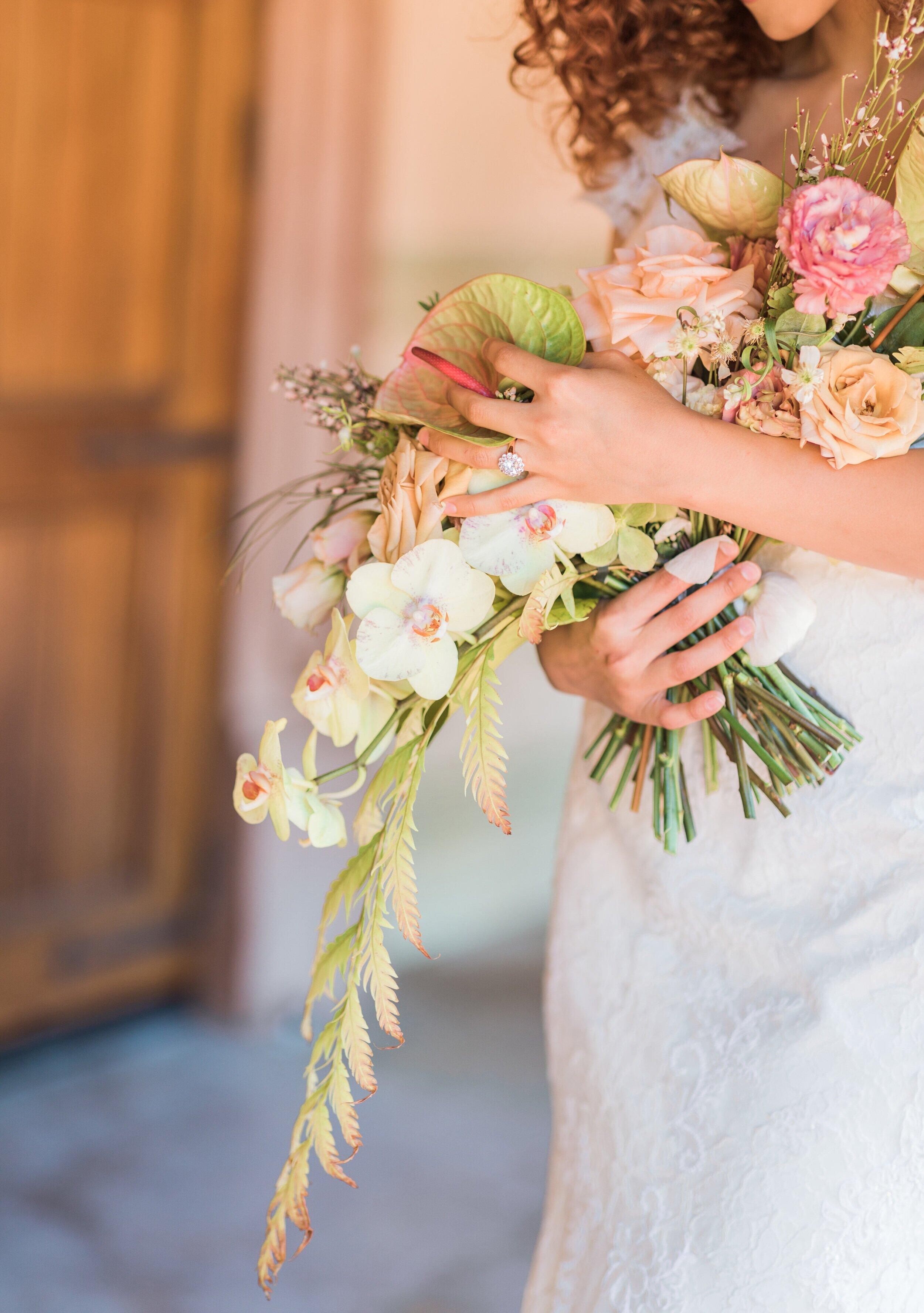 """Conservatory Tropicals"" - A Gulf Coast spring wedding inspiration"