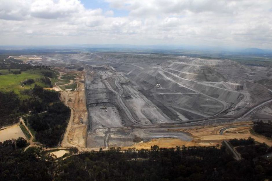 Rio Tinto's open-cut coal mine at Bulga, near Singleton.Supplied: John Krey/Hunter Valley Protection Alliance