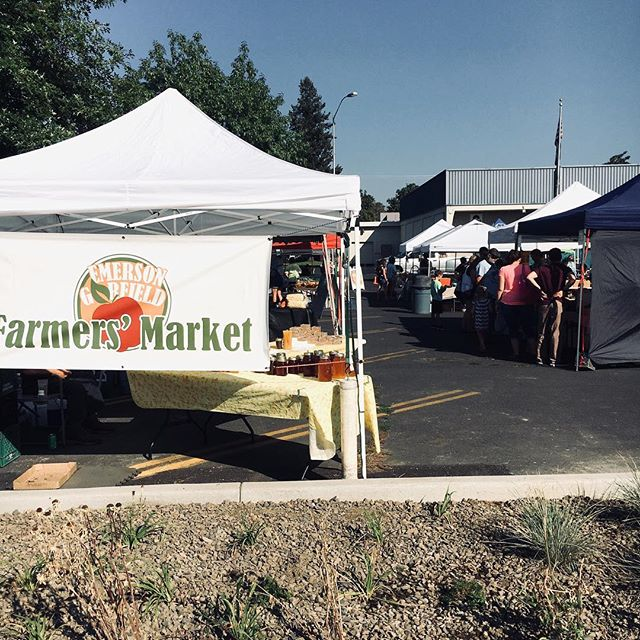 The @emersongarfieldmarket is happening right now! Come join us from 3-7pm. The KERNEL program today is a scavenger hunt, so bring your little ones for a day of fun!