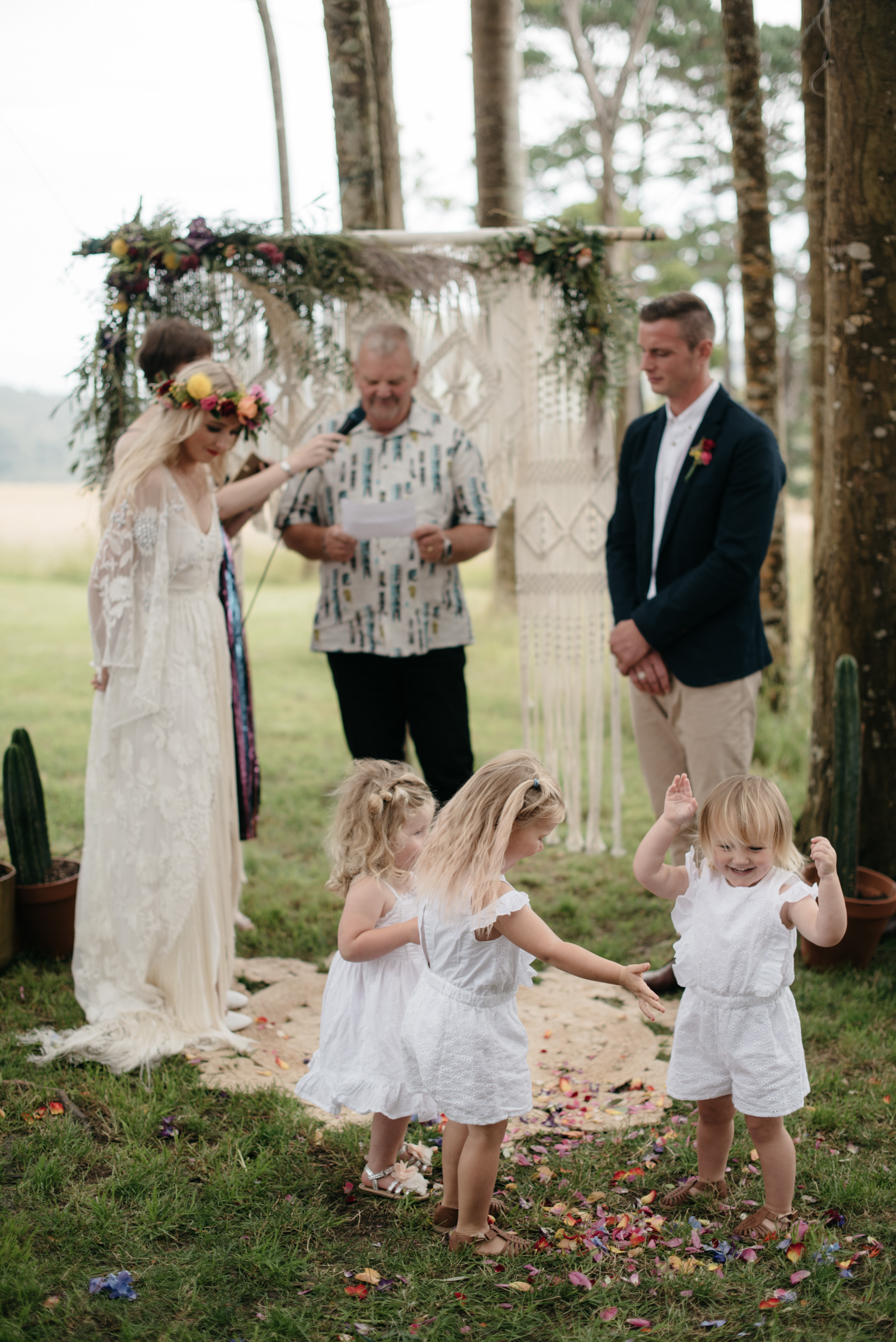 Josie and Ryan EPHEMERAL CREATIVE Jonkers Farm New Zealand Wedding flower girls