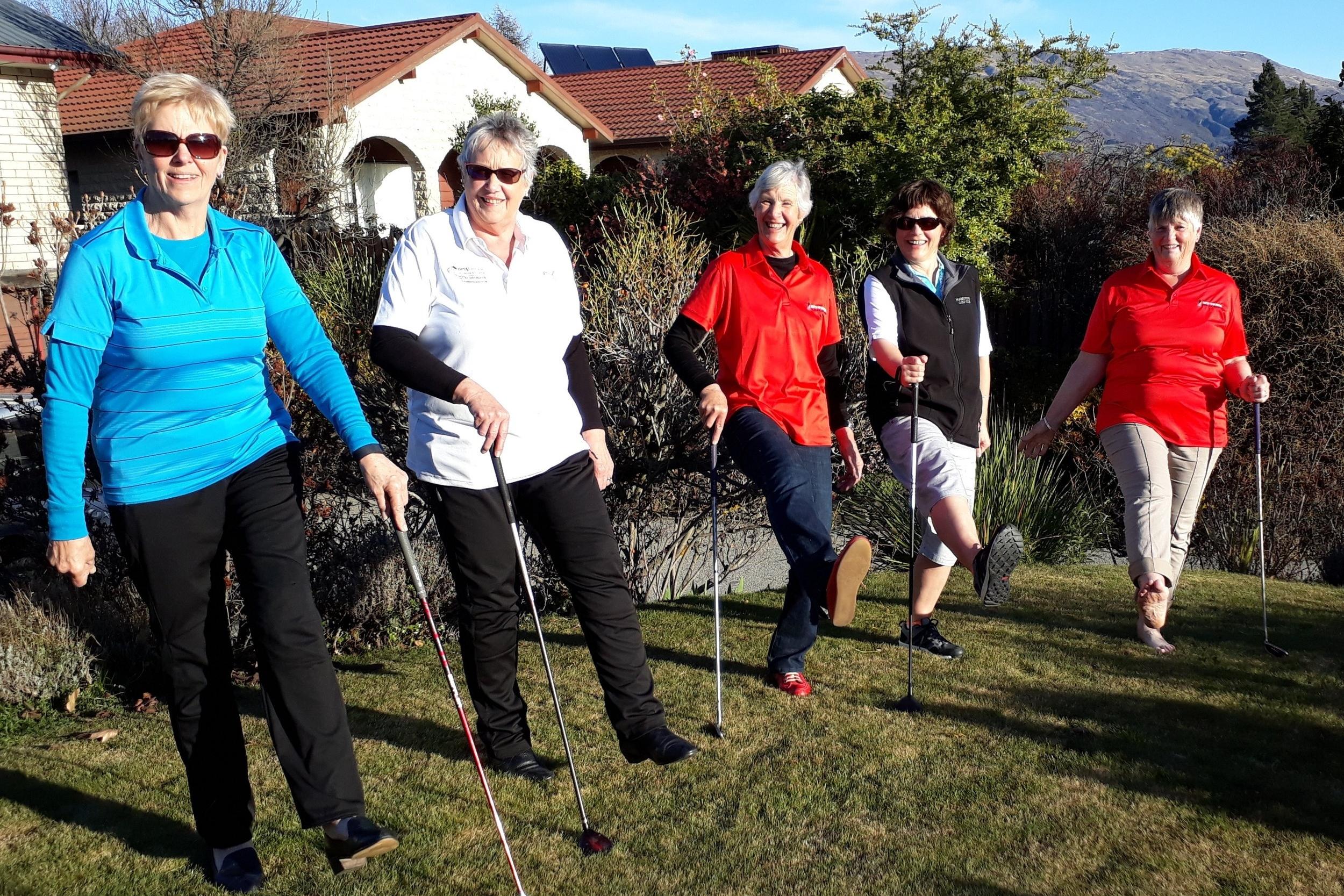 Golf ladies.jpg