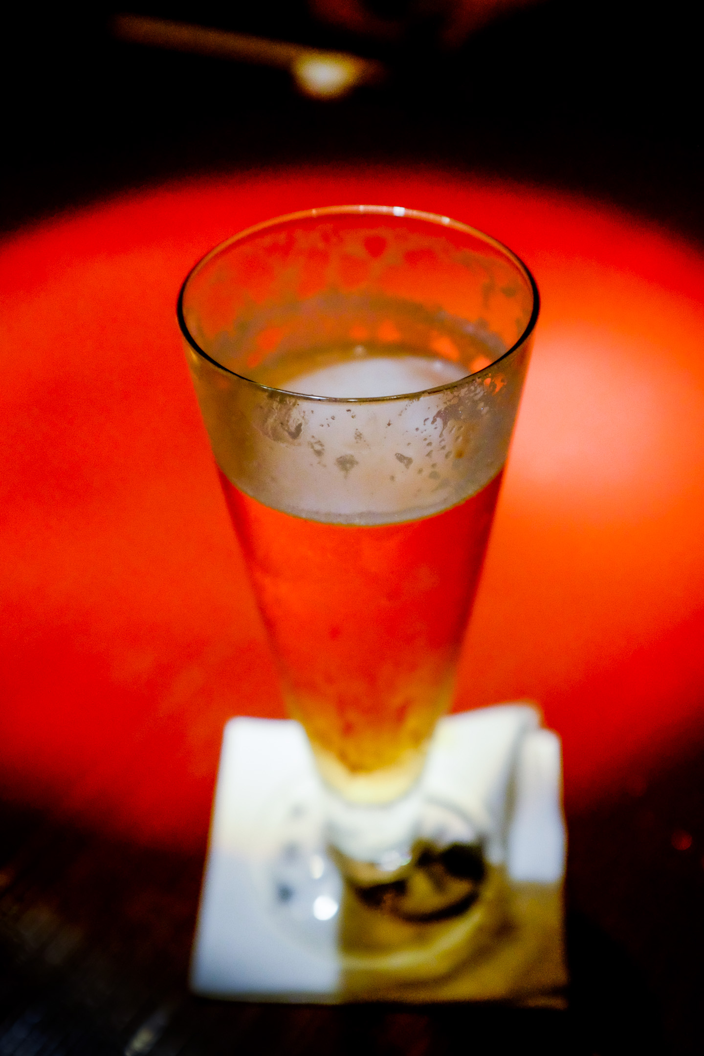 Fujifilm X100S - 1/100 - f/2.8 - iso5000 An ode to beer in the land of the rising sun