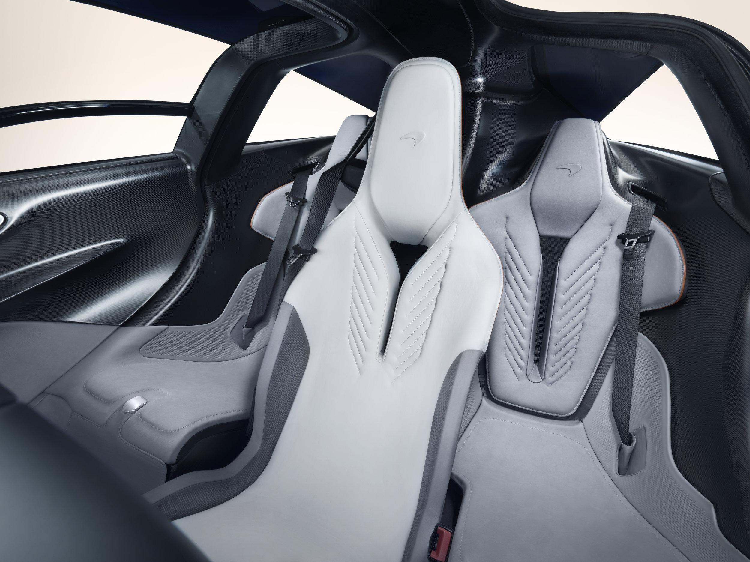 McLaren Speedtail-11.jpg