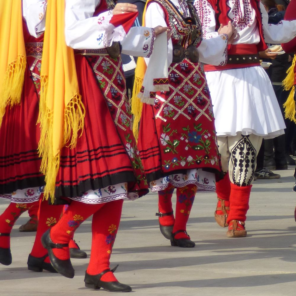 Traditional attire & dance on Bulgaria's wine holiday, Trifon Zarezan