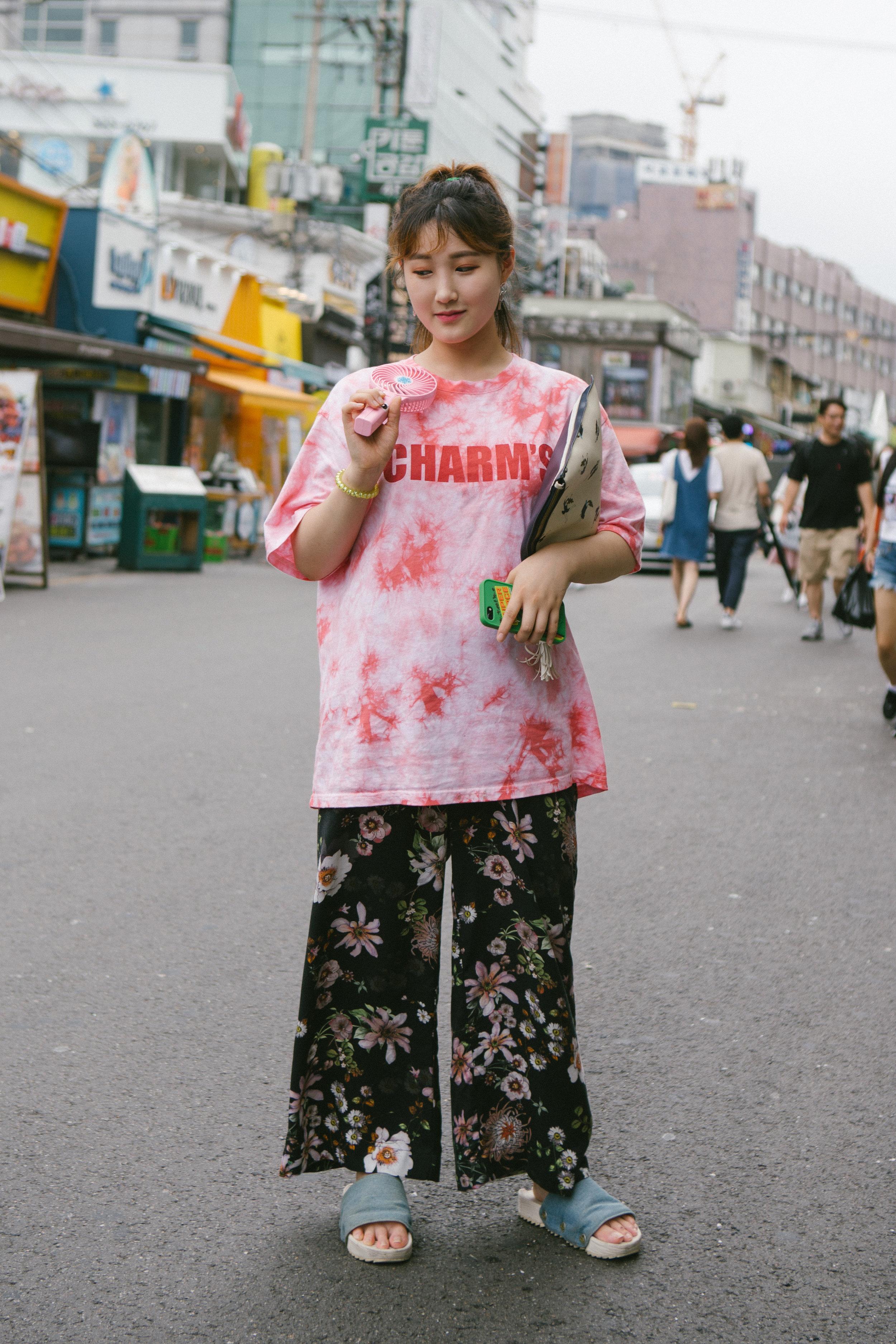 Pengasia Street Style 2017 - Womens 02-03.jpg