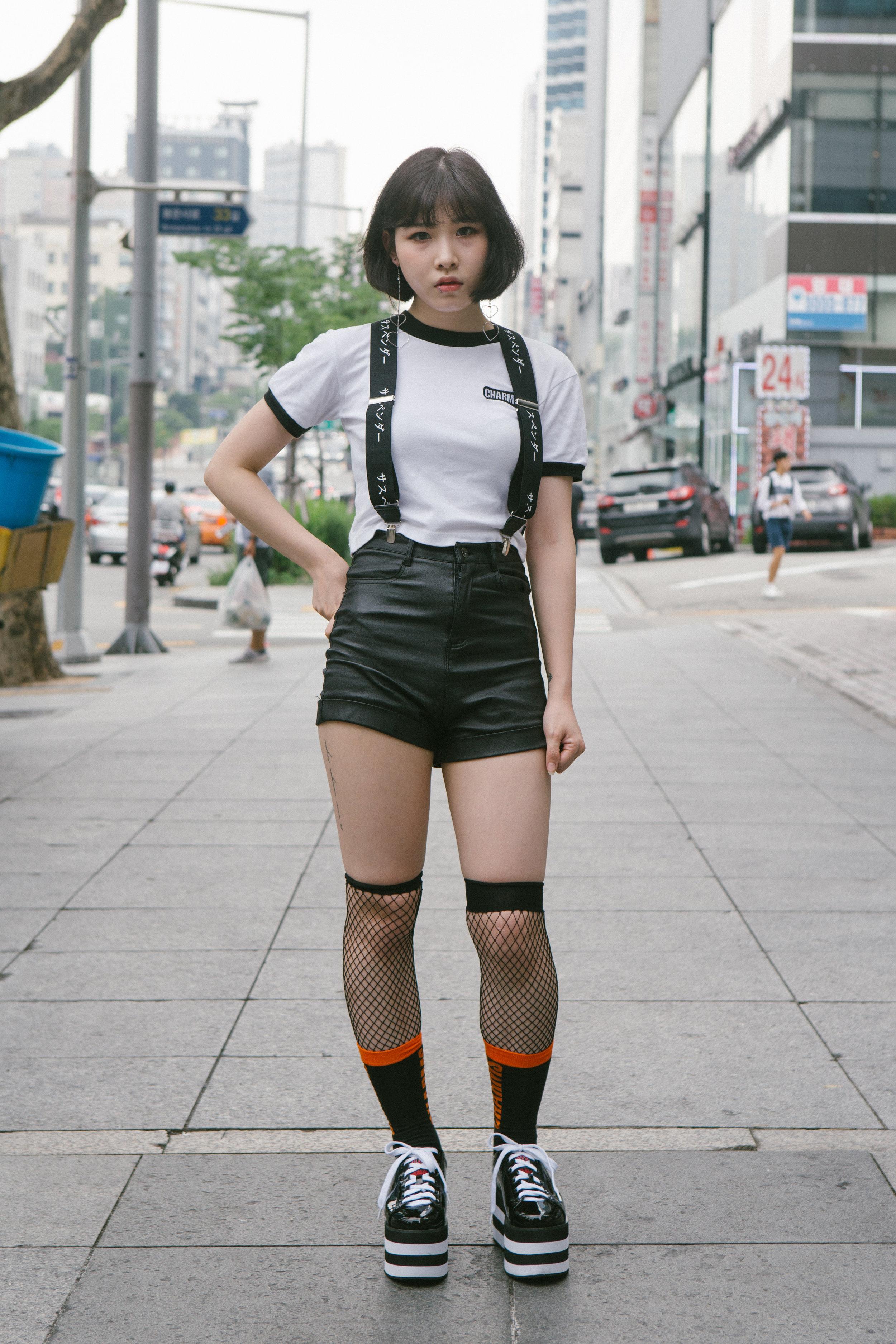 Pengasia Street Style 2017 - Womens 15-01.jpg