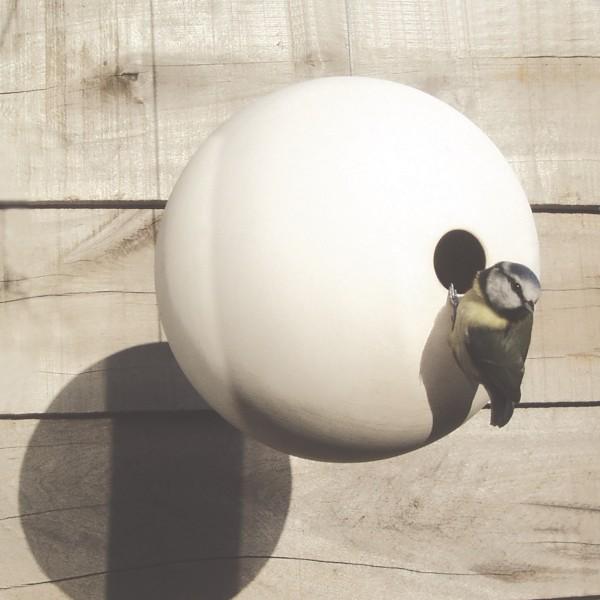 suspended-birdball-birdhouse-with-garden-bird-by-green-and-blue-600x600.jpg