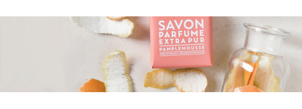 Scent of fresh fruit with notes of pink grapefruit bursting with sunshine, created in Grasse.