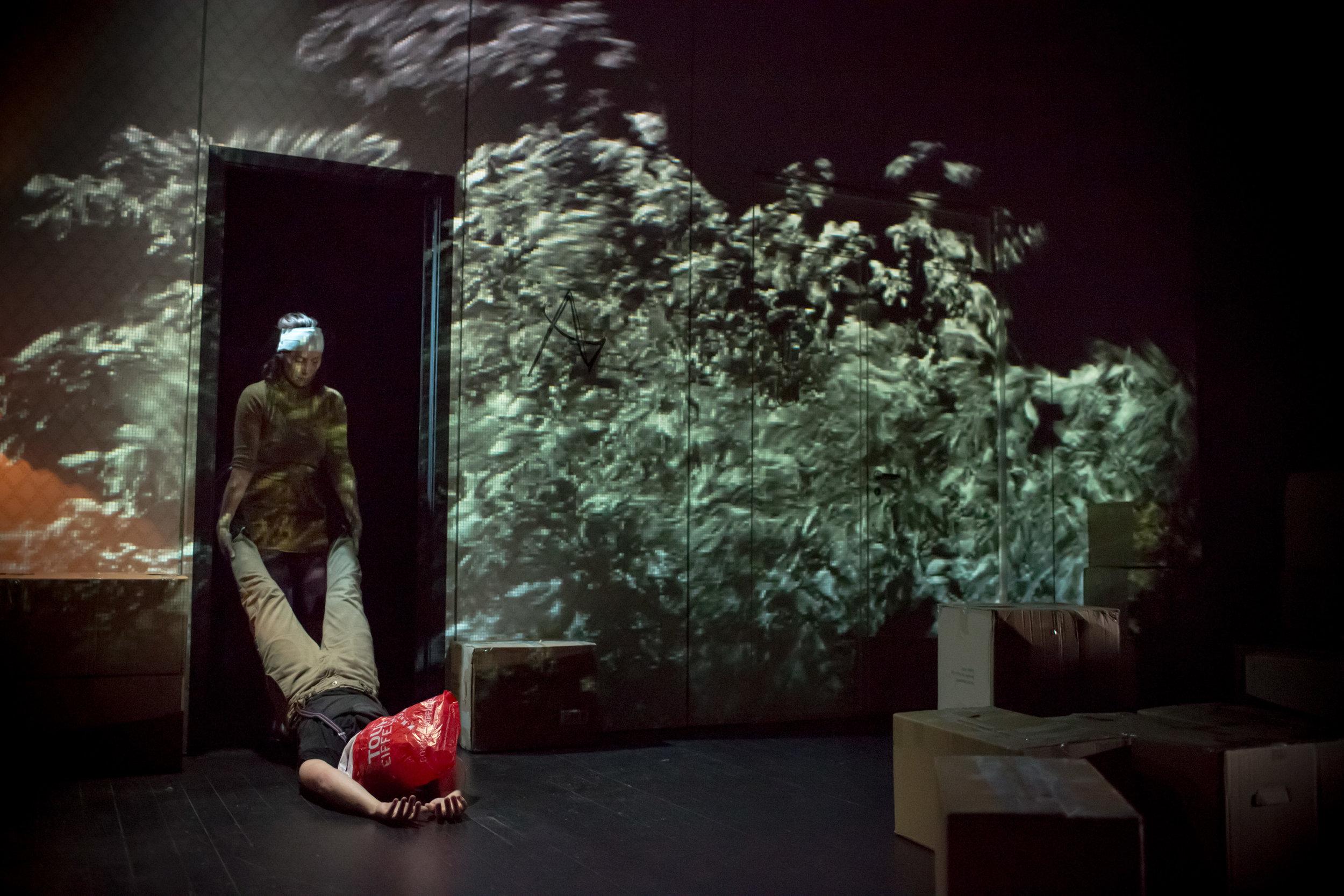 kvinna-fr-fr_sogn-og-fjordane-teater-6_37478090652_o.jpg