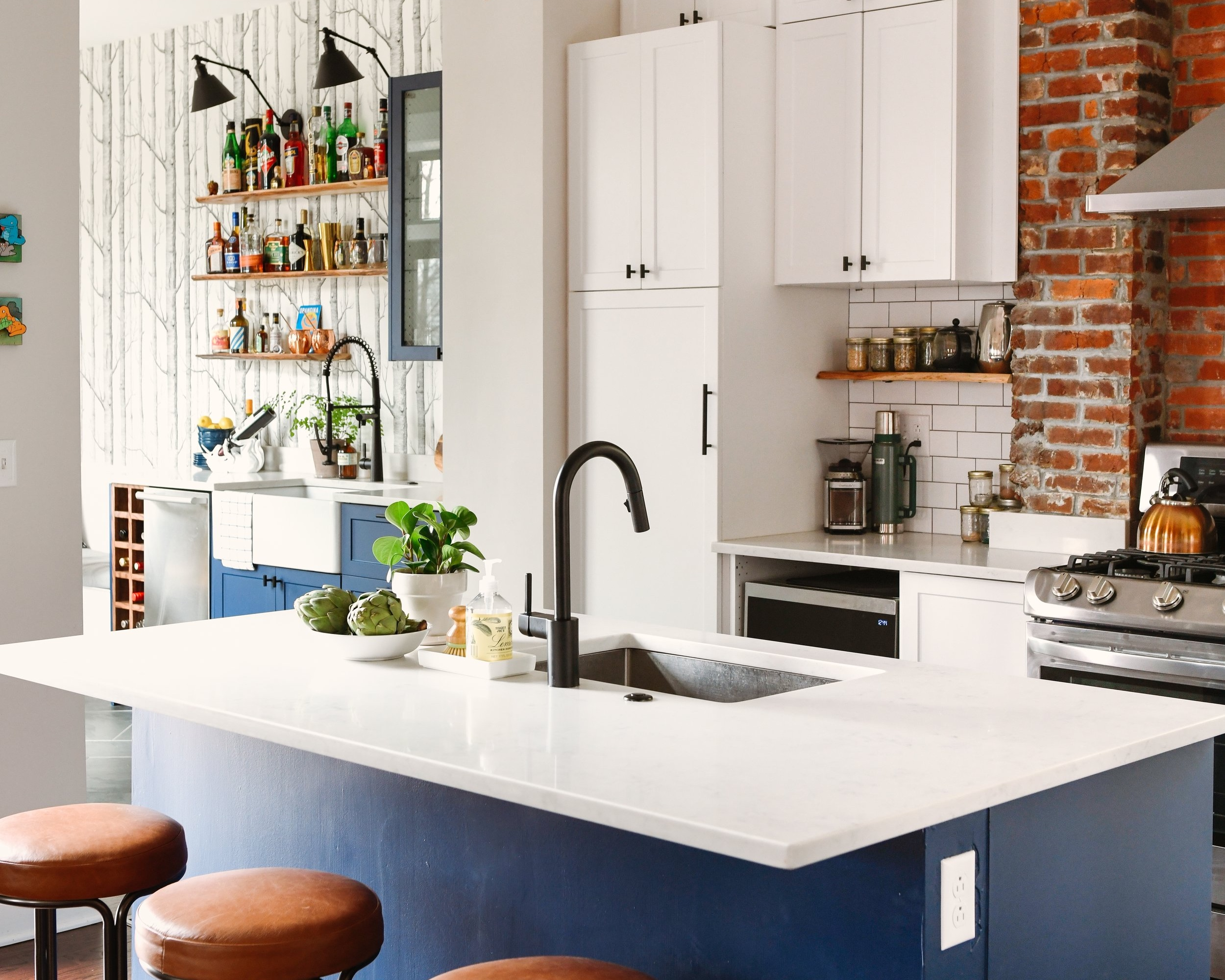 Katy+Popple+Design+Kitchen+-+Leather+Stools+4.jpg
