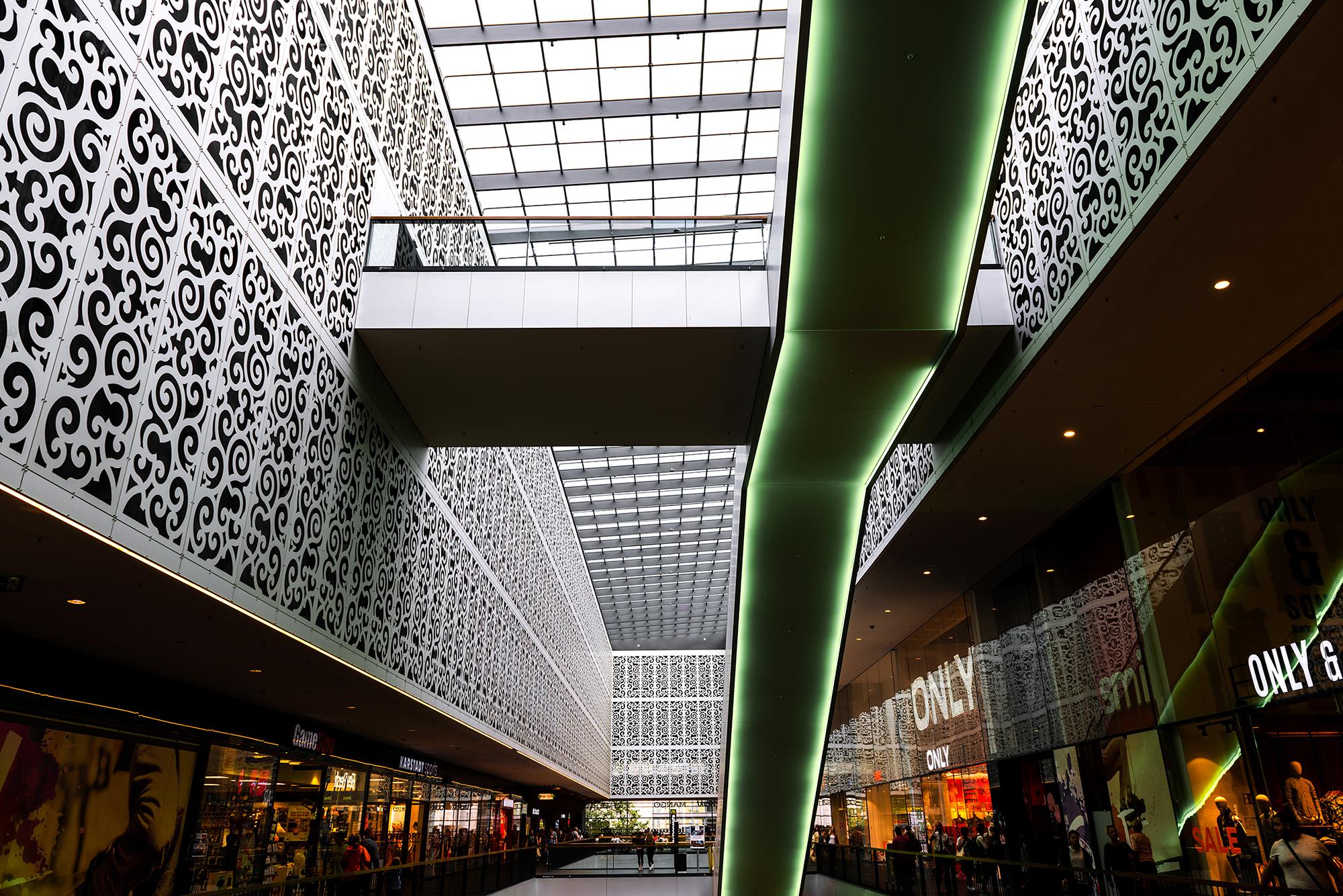Centrum Galerie shopping mall