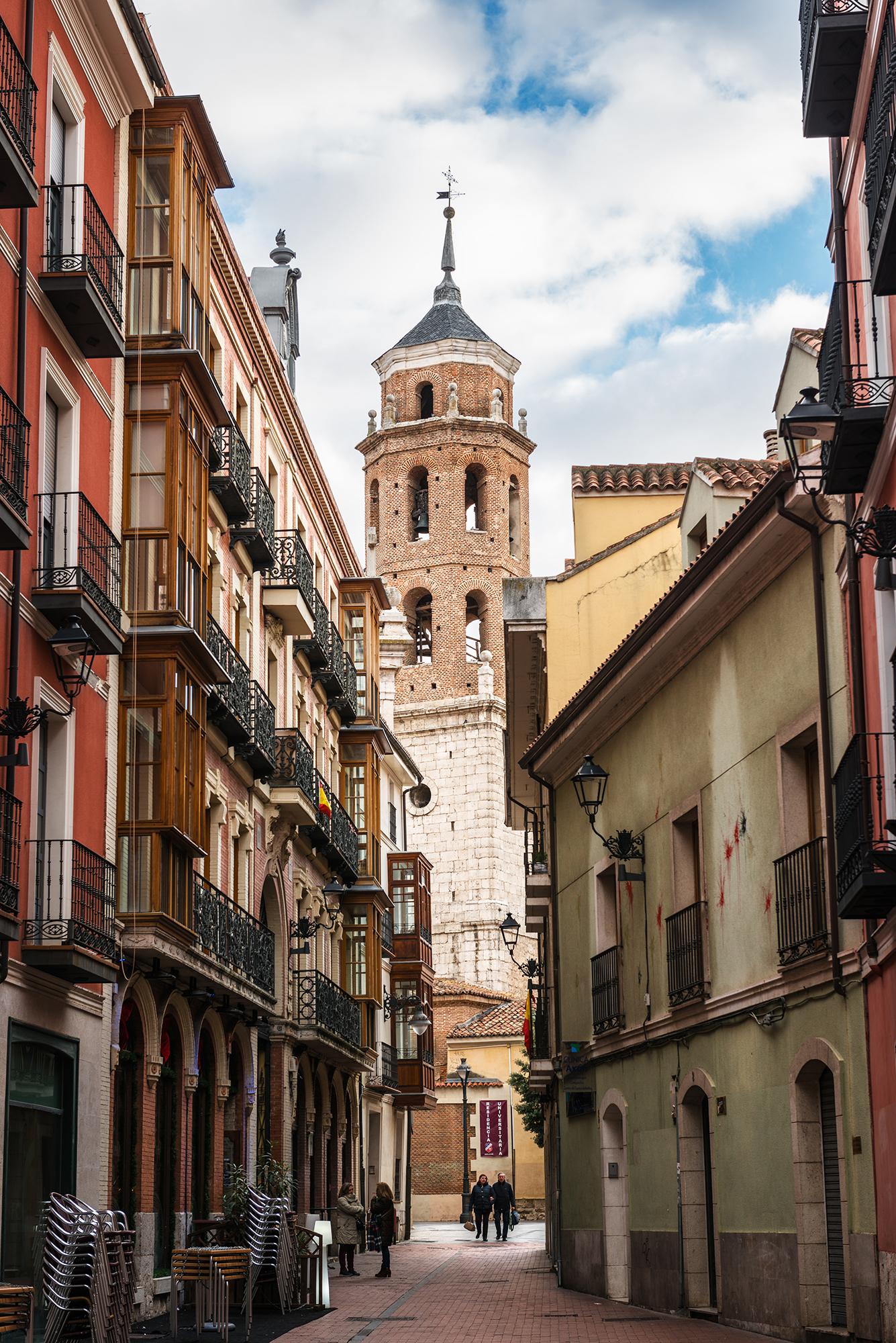 Narrow street in Valladolid's city center