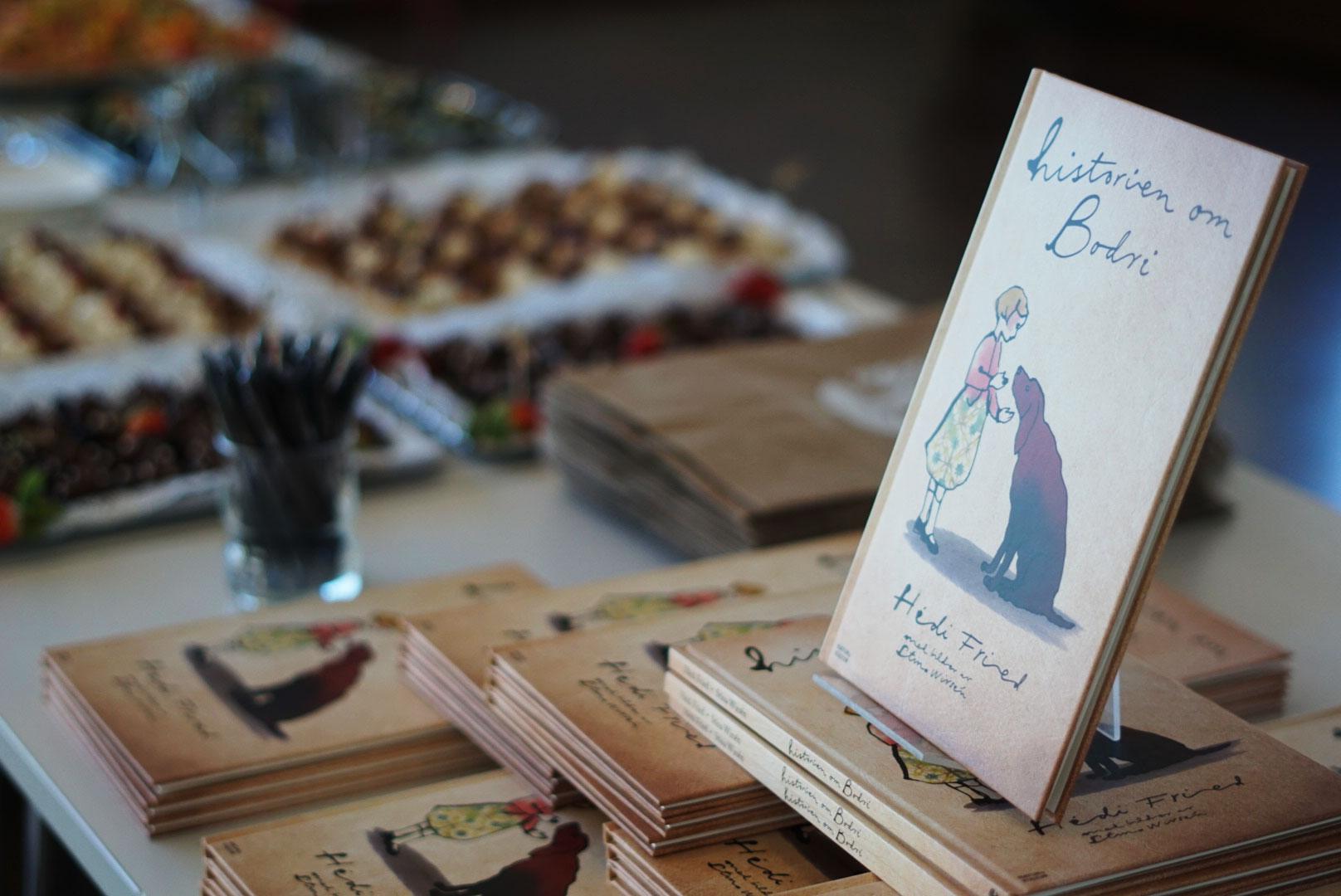 """Prisutdelningen skedde i samband med lanseringen av boken """"Historien om Bodri"""""""