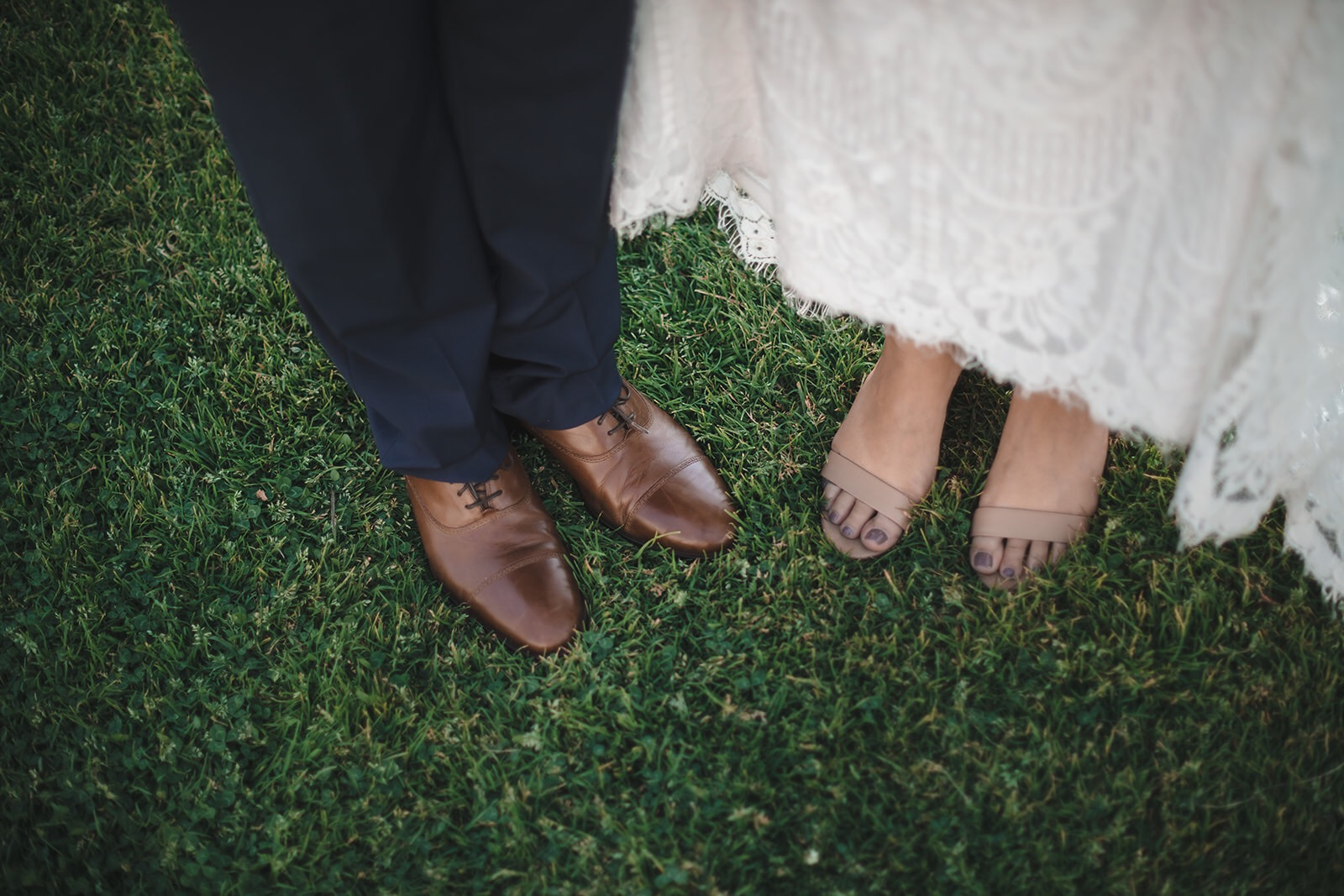 Wedding Photographer captures details in San Diego