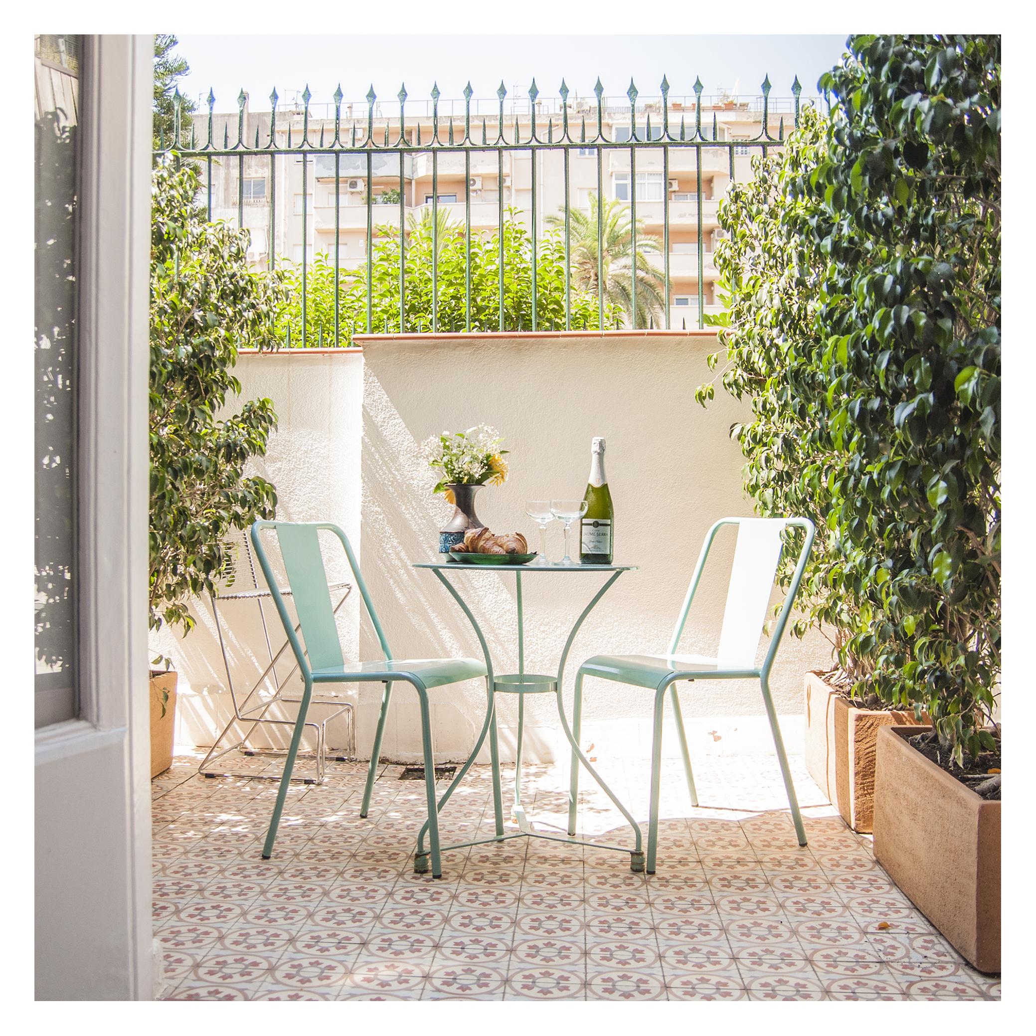Terrace2b.jpg