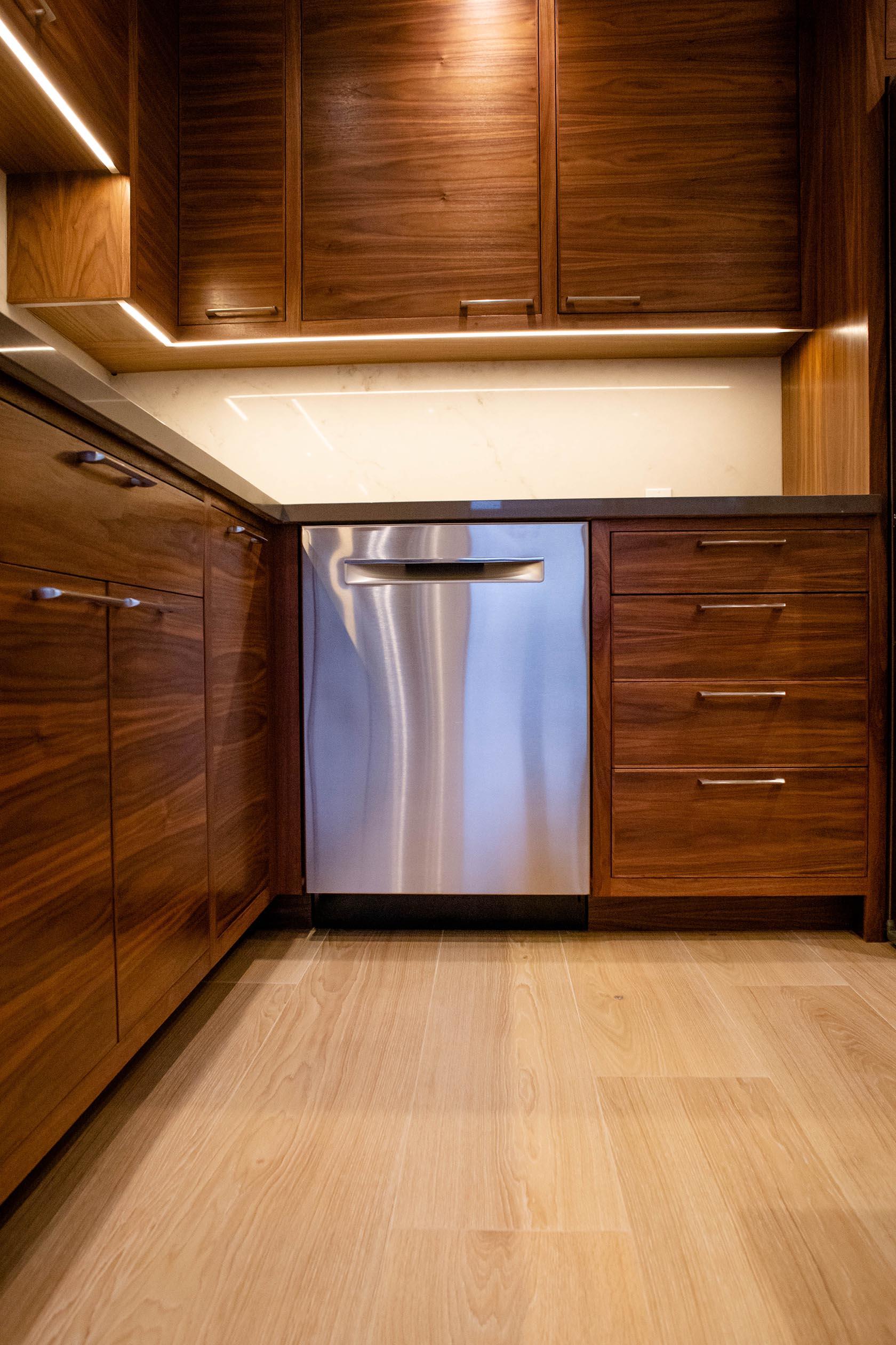 kitchen-cabinets.jpg