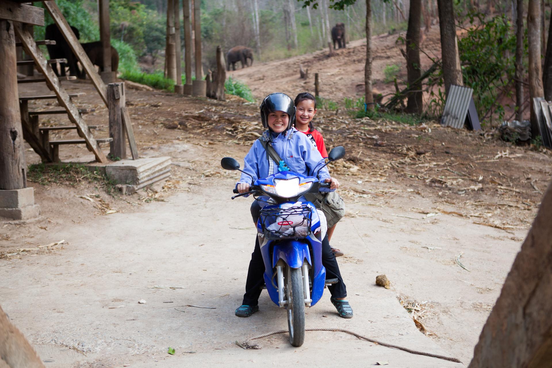 19_Bow_Motorbike.jpg